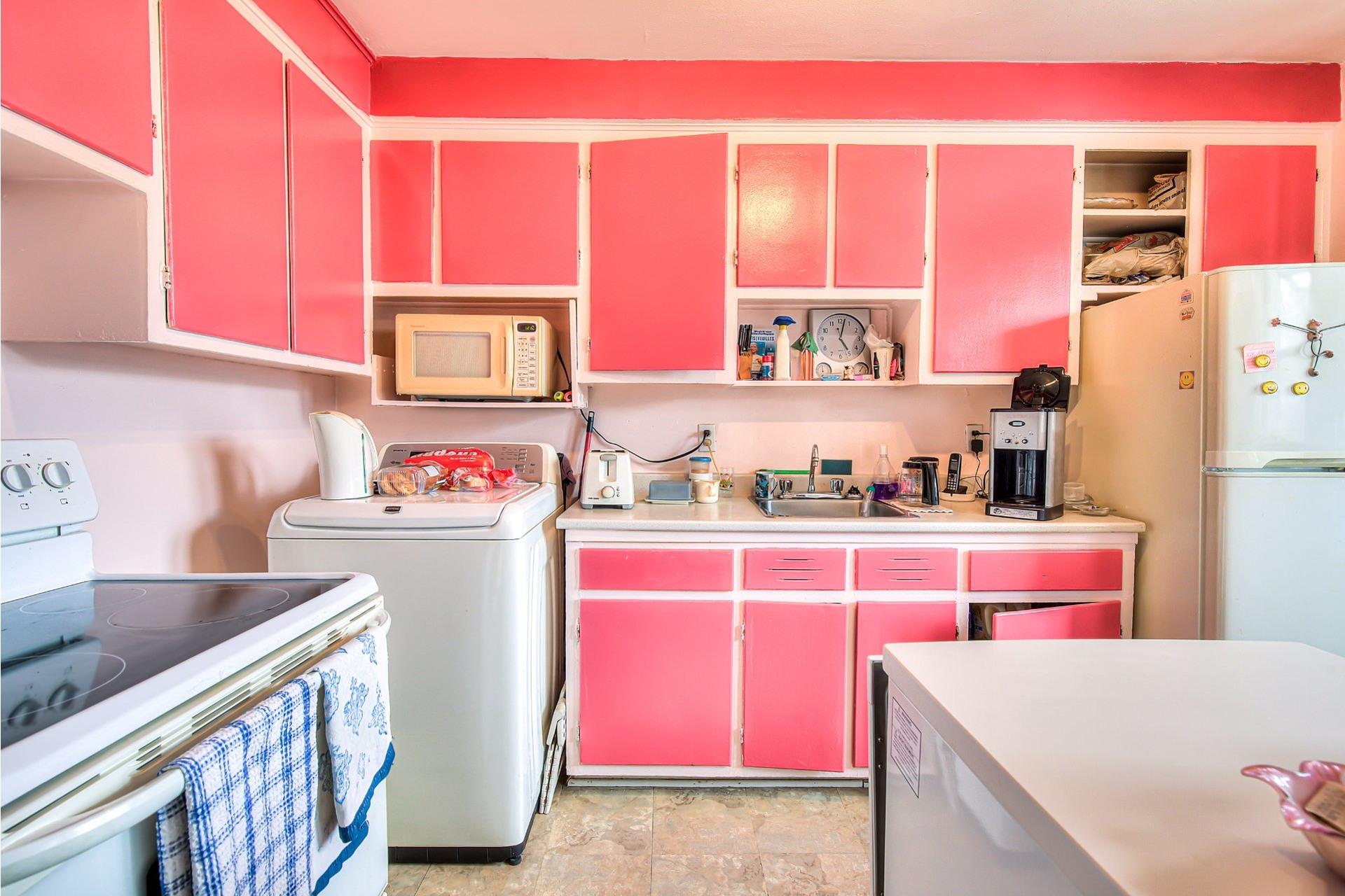 image 26 - Income property For sale Villeray/Saint-Michel/Parc-Extension Montréal  - 4 rooms