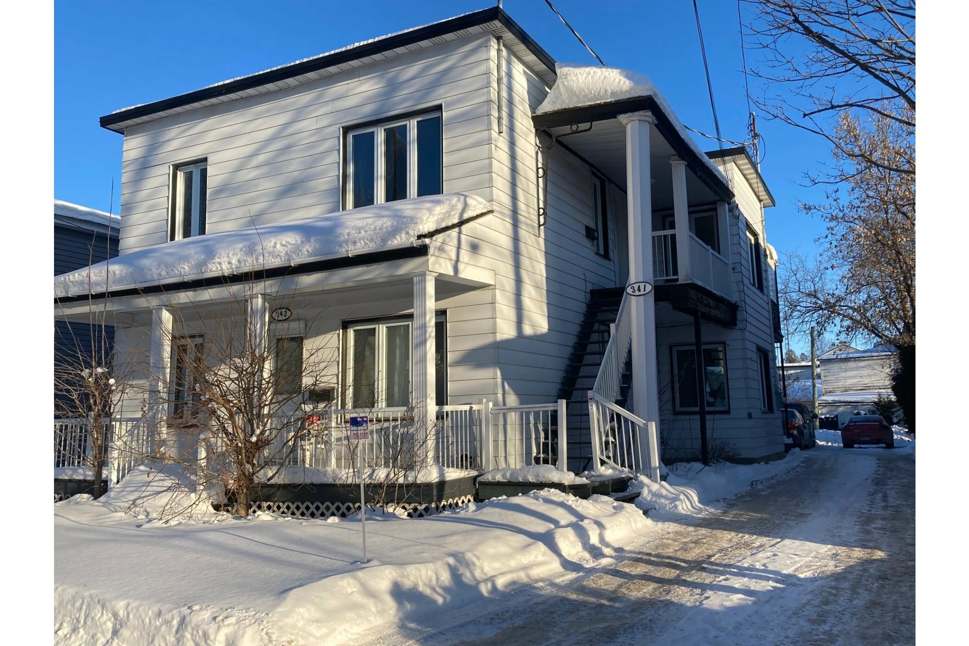 image 0 - Duplex For sale Joliette - 5 rooms