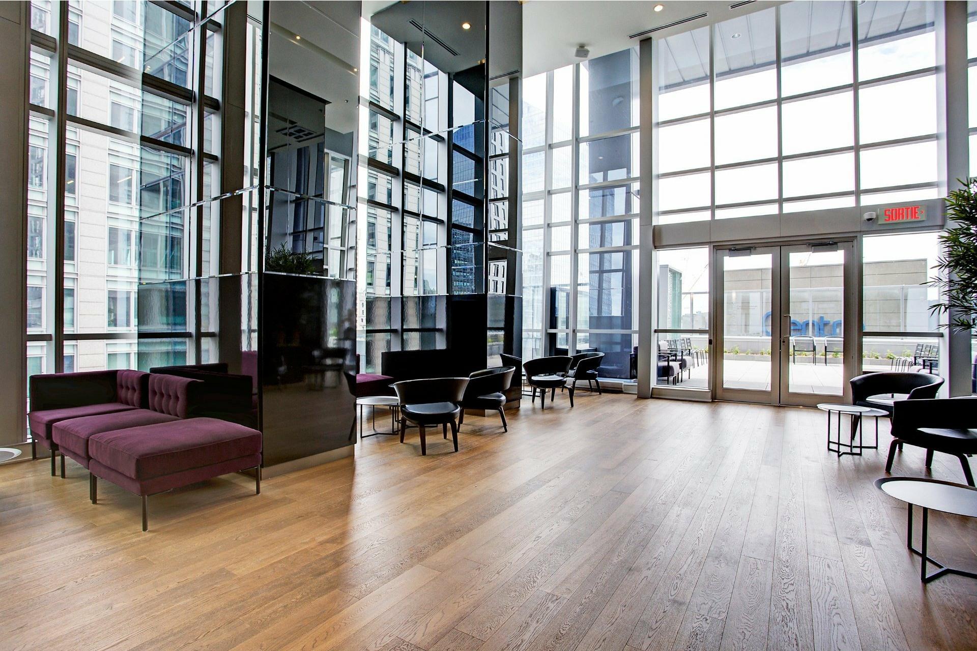 image 4 - Apartment For rent Ville-Marie Montréal  - 5 rooms