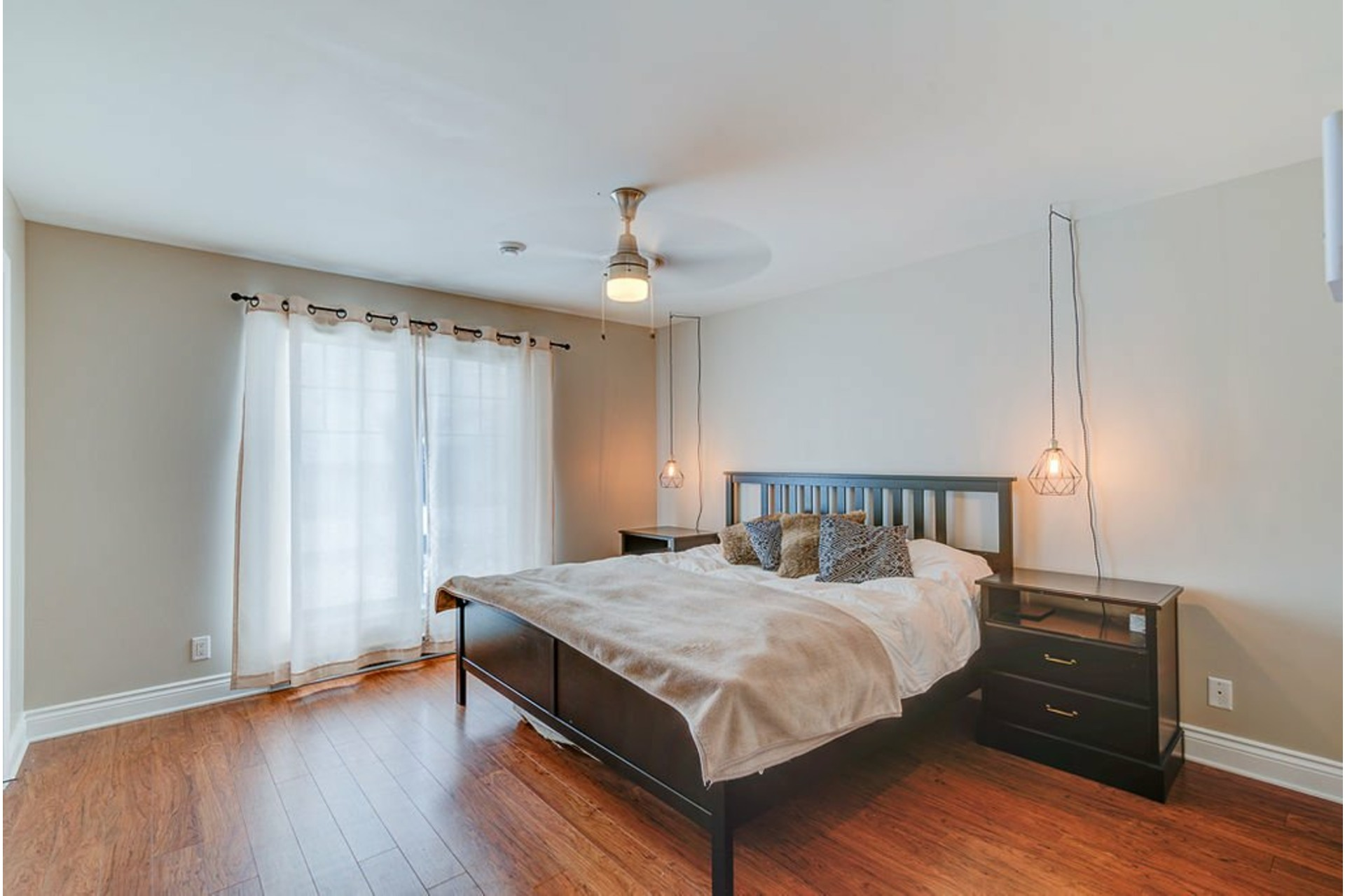 image 15 - House For sale Saint-Lin/Laurentides - 10 rooms