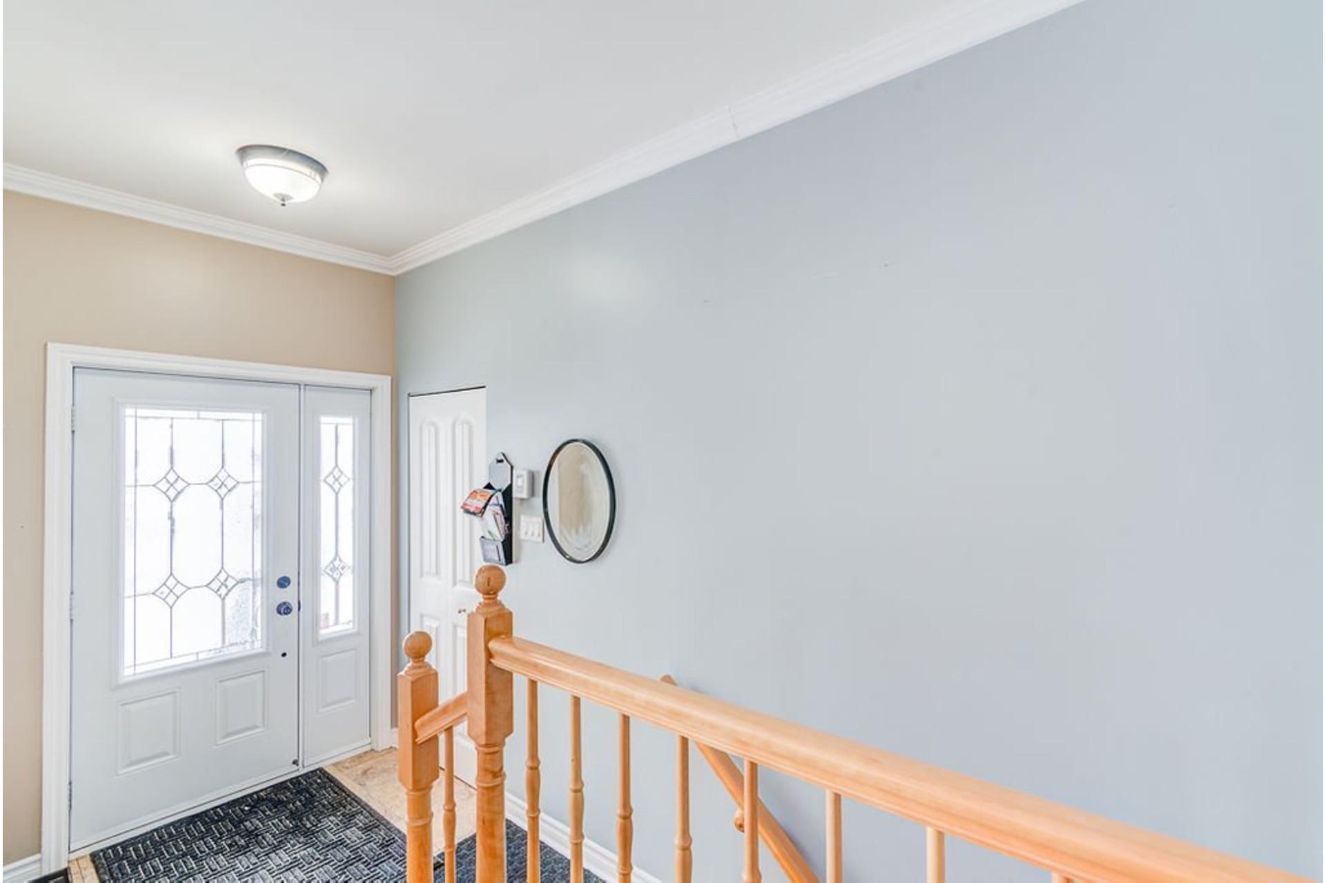 image 1 - House For sale Sainte-Anne-des-Plaines - 9 rooms