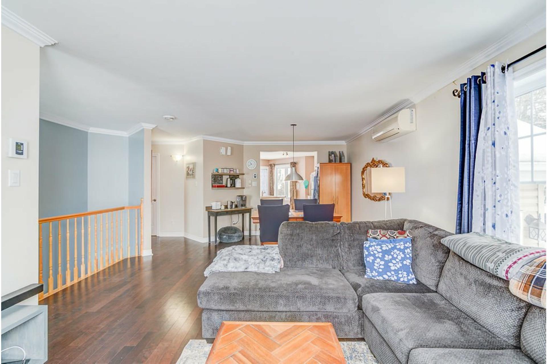 image 4 - House For sale Sainte-Anne-des-Plaines - 9 rooms