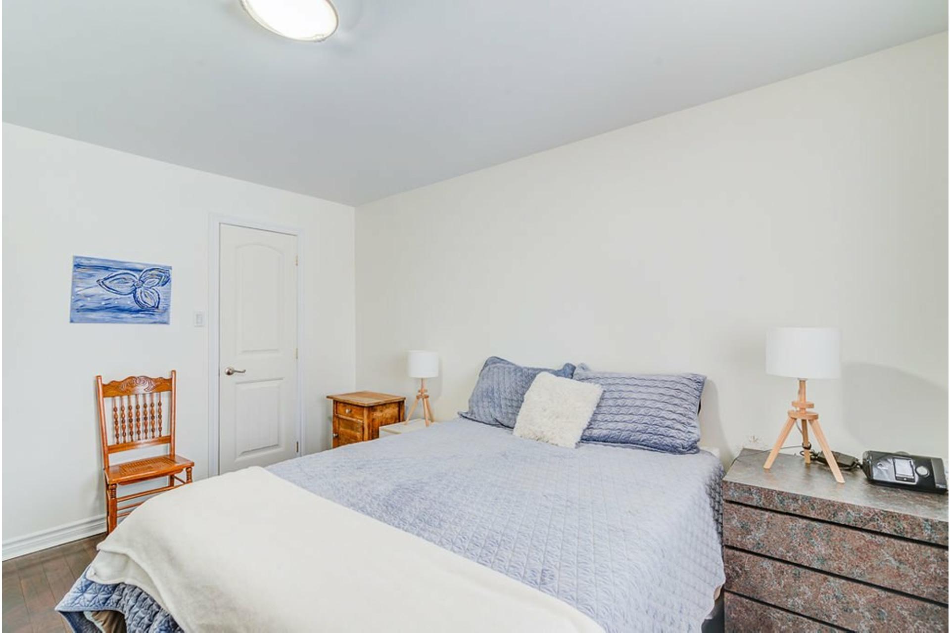 image 11 - House For sale Sainte-Anne-des-Plaines - 9 rooms