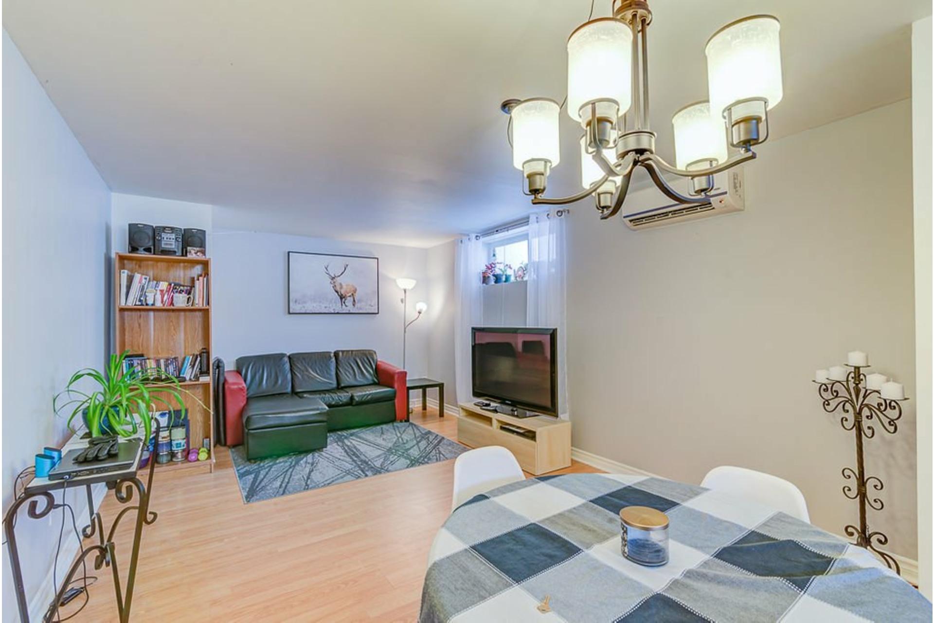 image 21 - House For sale Sainte-Anne-des-Plaines - 9 rooms