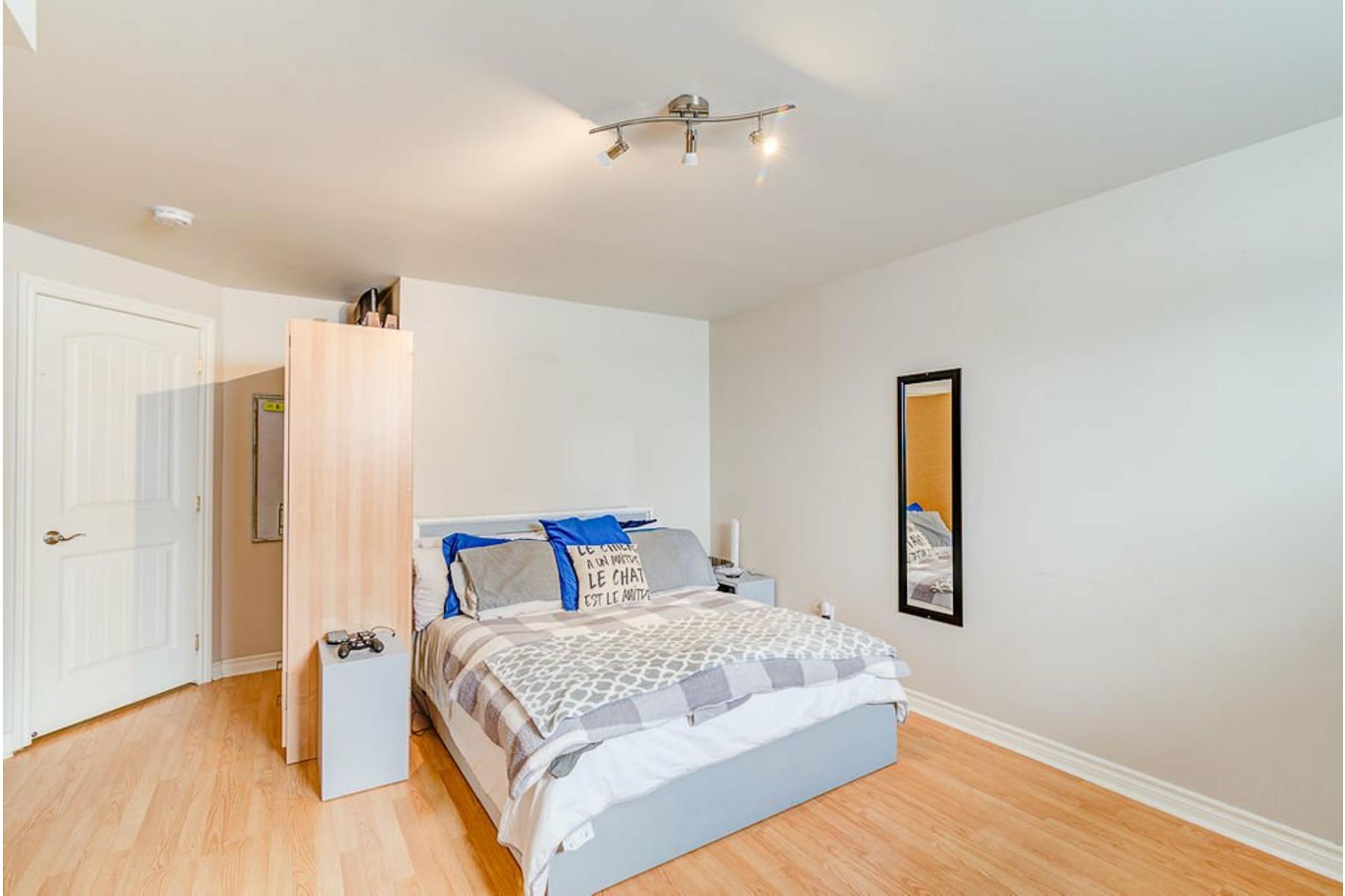image 19 - House For sale Sainte-Anne-des-Plaines - 9 rooms