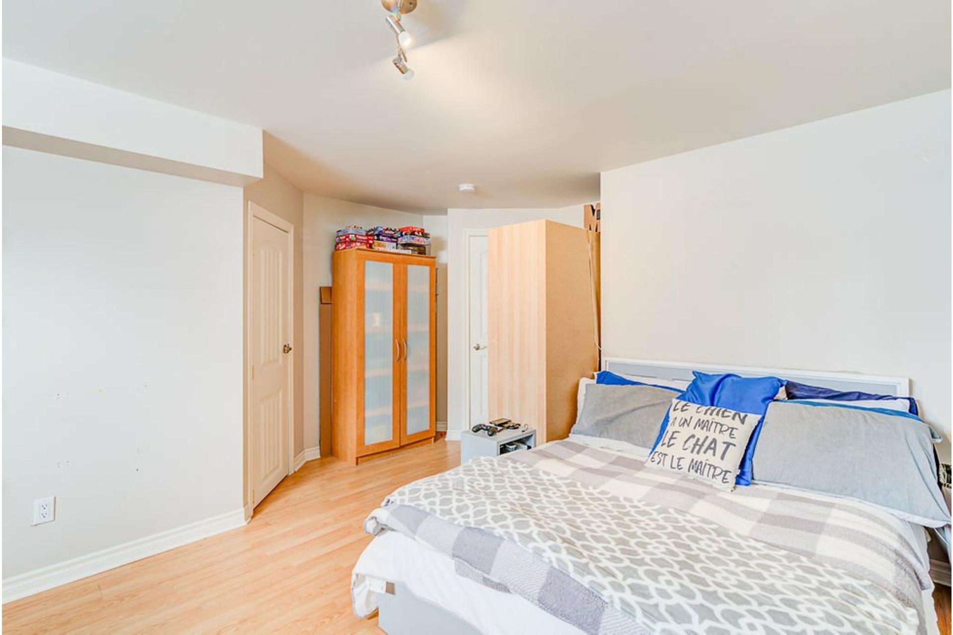 image 20 - House For sale Sainte-Anne-des-Plaines - 9 rooms