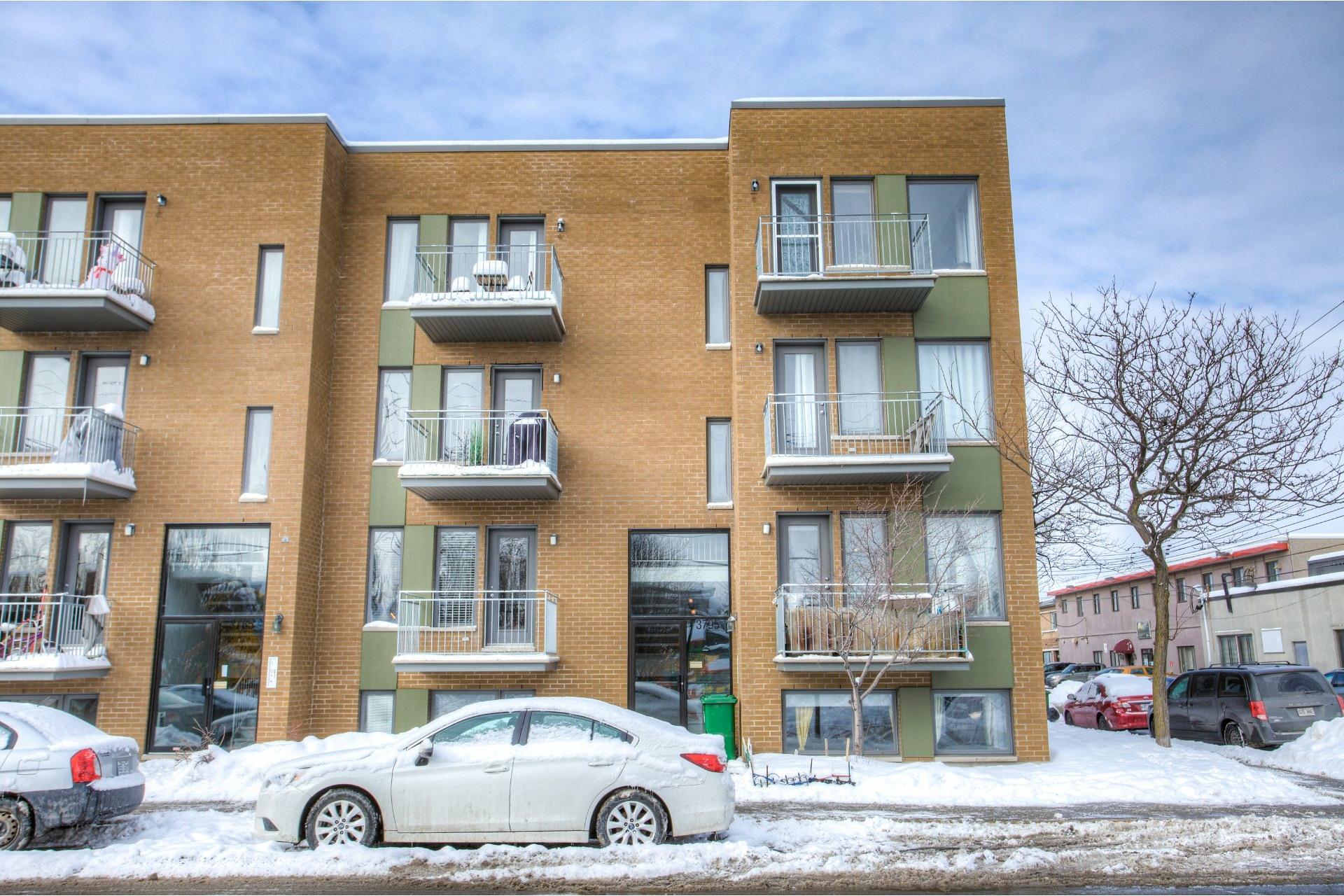 image 0 - Departamento Para alquiler Villeray/Saint-Michel/Parc-Extension Montréal  - 5 habitaciones