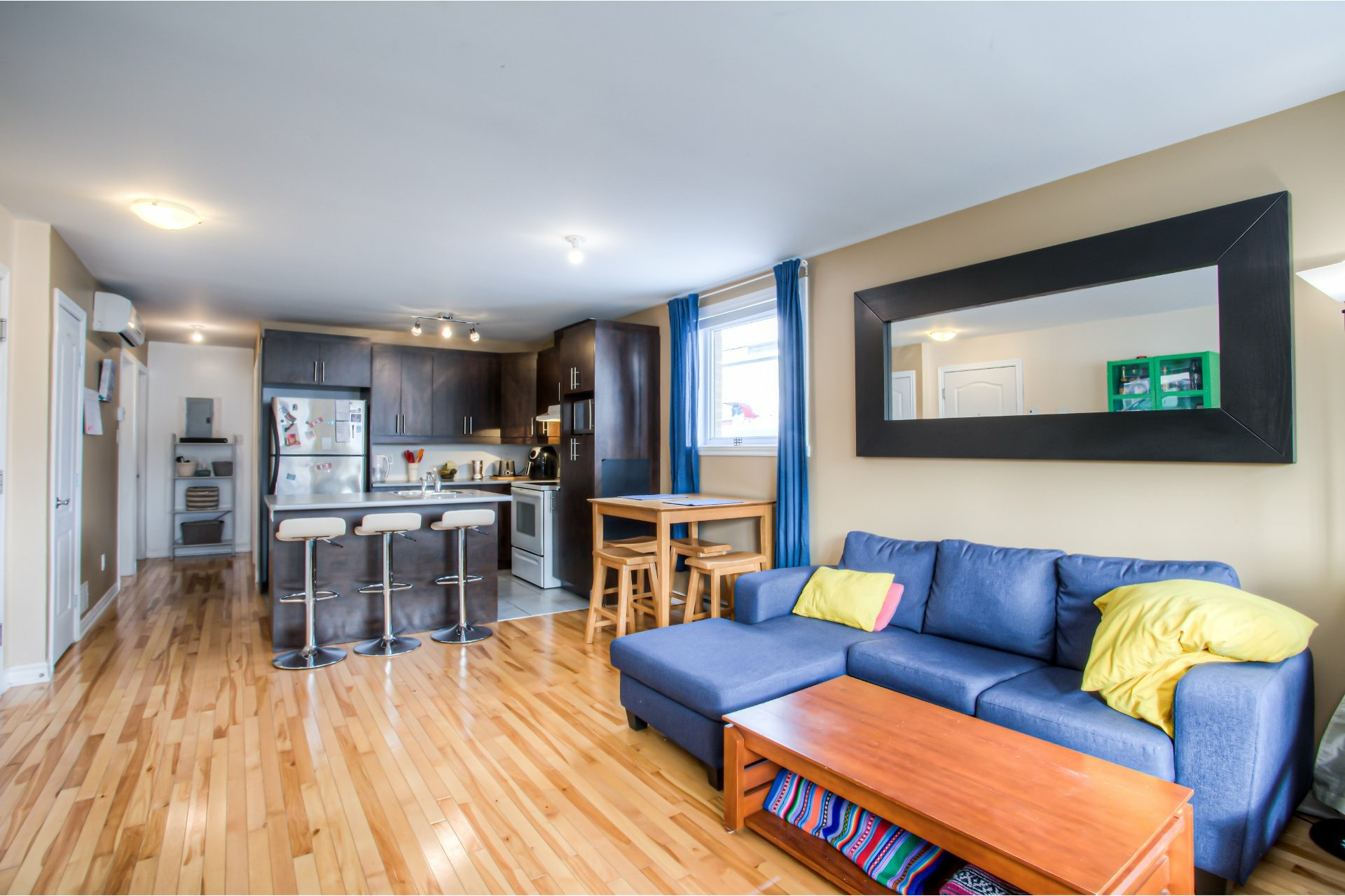 image 6 - Departamento Para alquiler Villeray/Saint-Michel/Parc-Extension Montréal  - 5 habitaciones