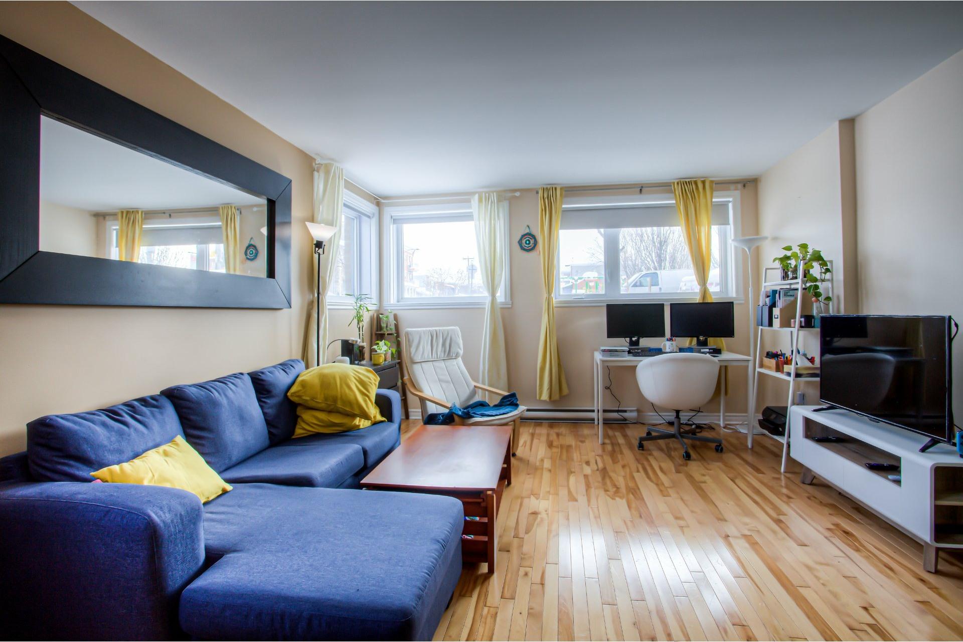 image 4 - Departamento Para alquiler Villeray/Saint-Michel/Parc-Extension Montréal  - 5 habitaciones