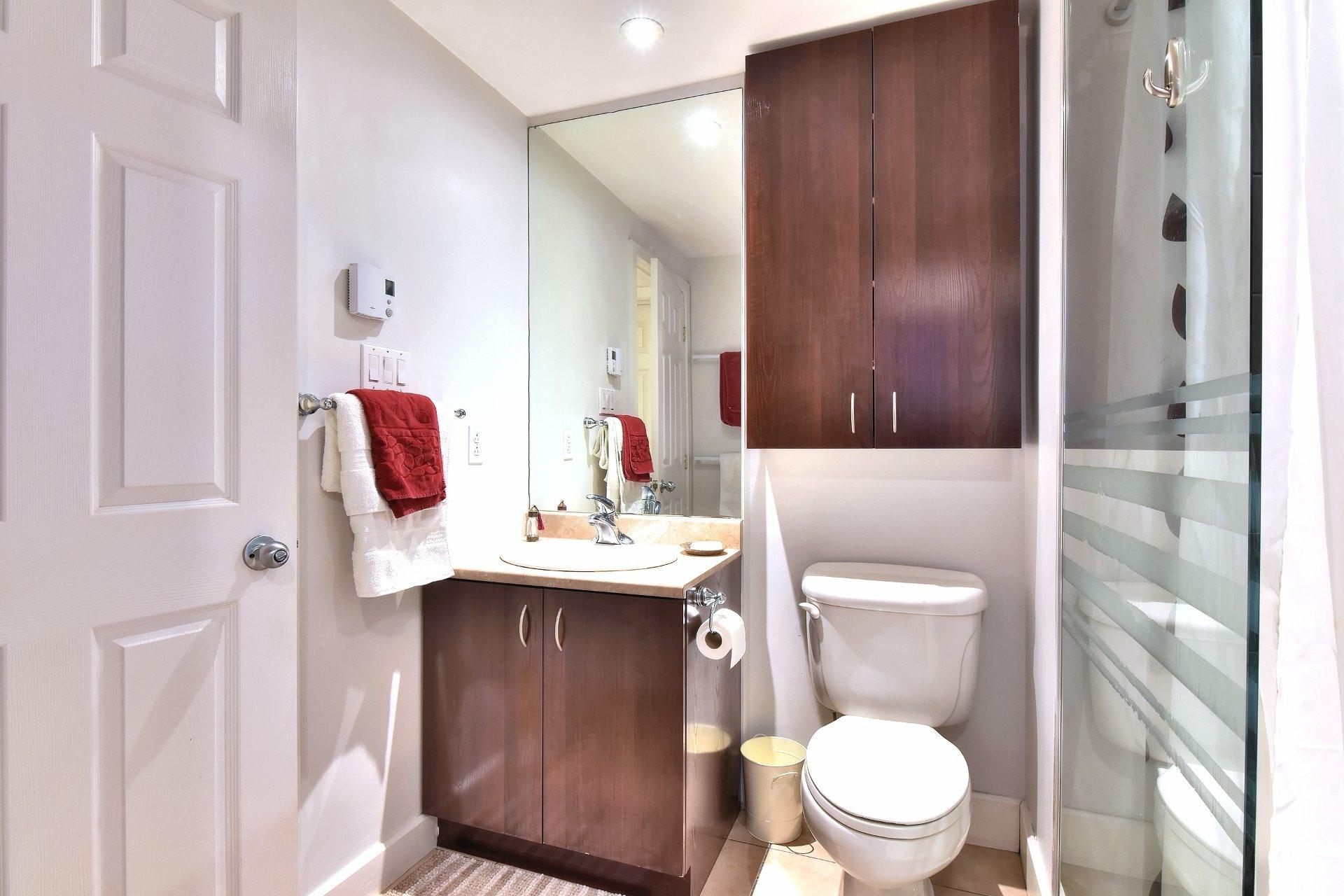 image 21 - Appartement À vendre Ville-Marie Montréal  - 9 pièces
