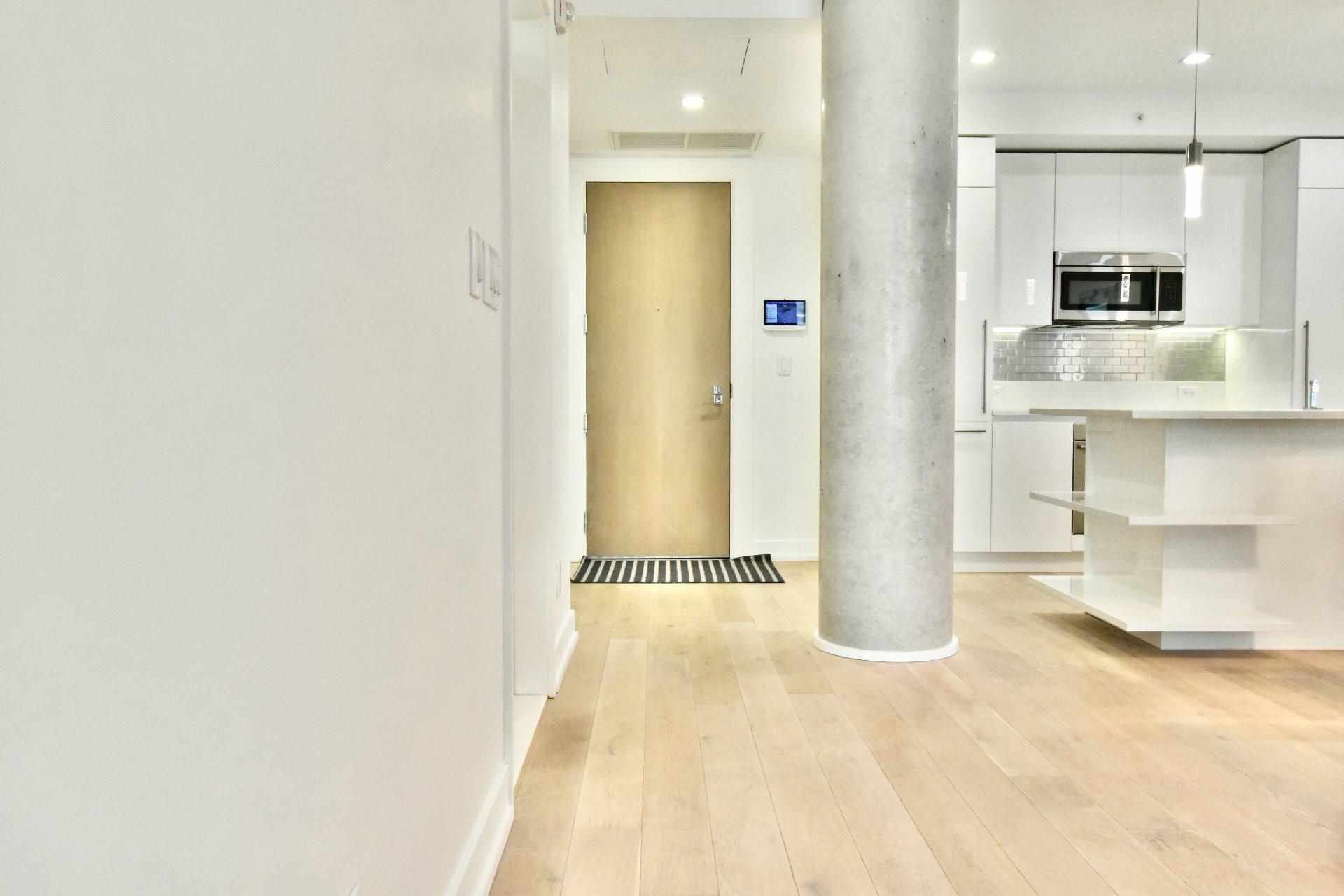 image 13 - Appartement À louer Le Sud-Ouest Montréal  - 6 pièces