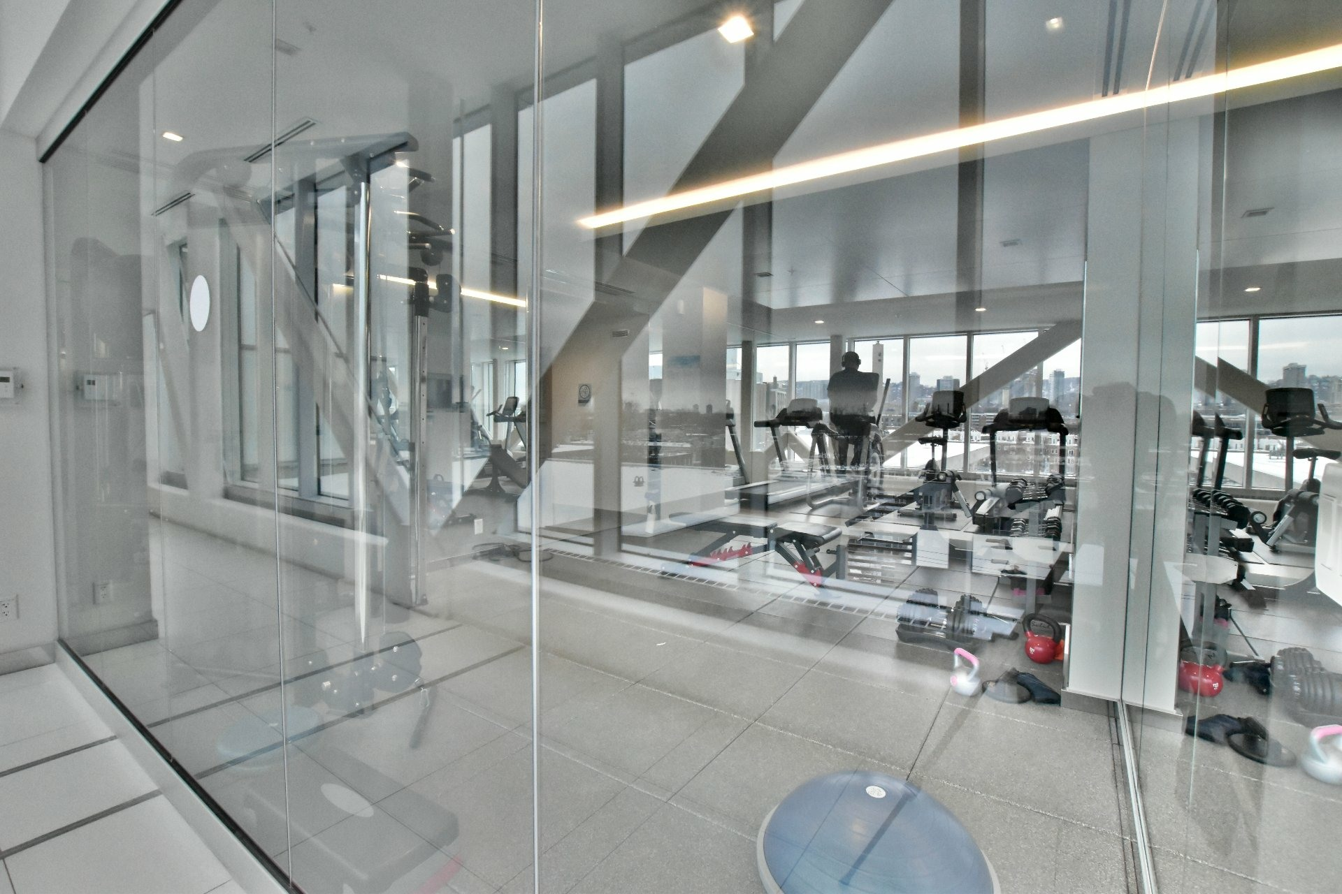 image 21 - Apartment For rent Le Sud-Ouest Montréal  - 6 rooms