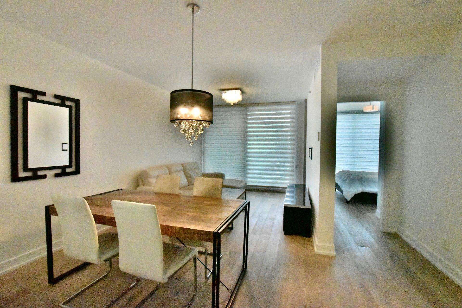 image 4 - Apartment For rent Le Sud-Ouest Montréal  - 6 rooms