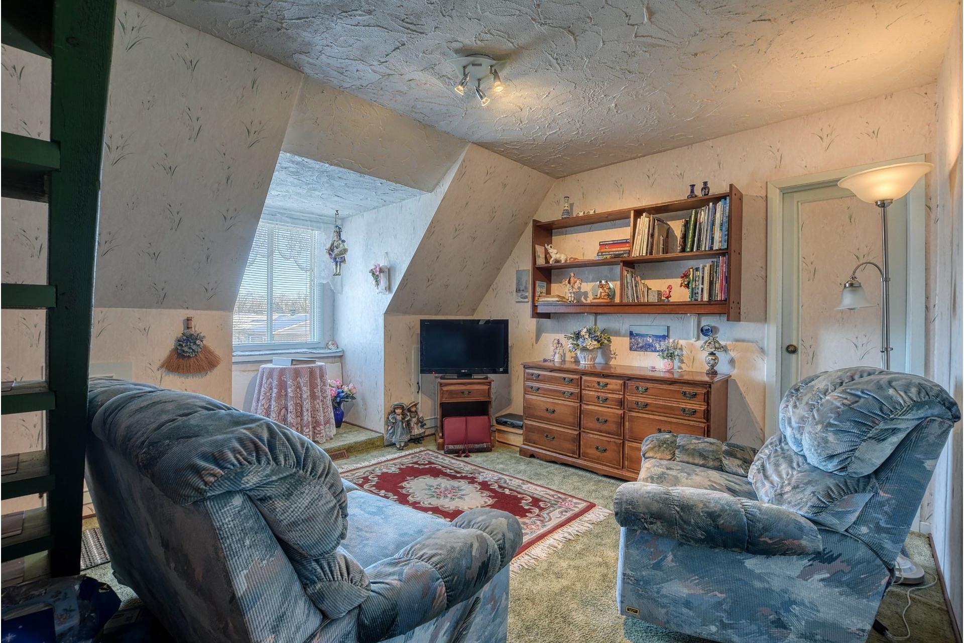image 9 - House For sale Saint-Vincent-de-Paul Laval  - 18 rooms