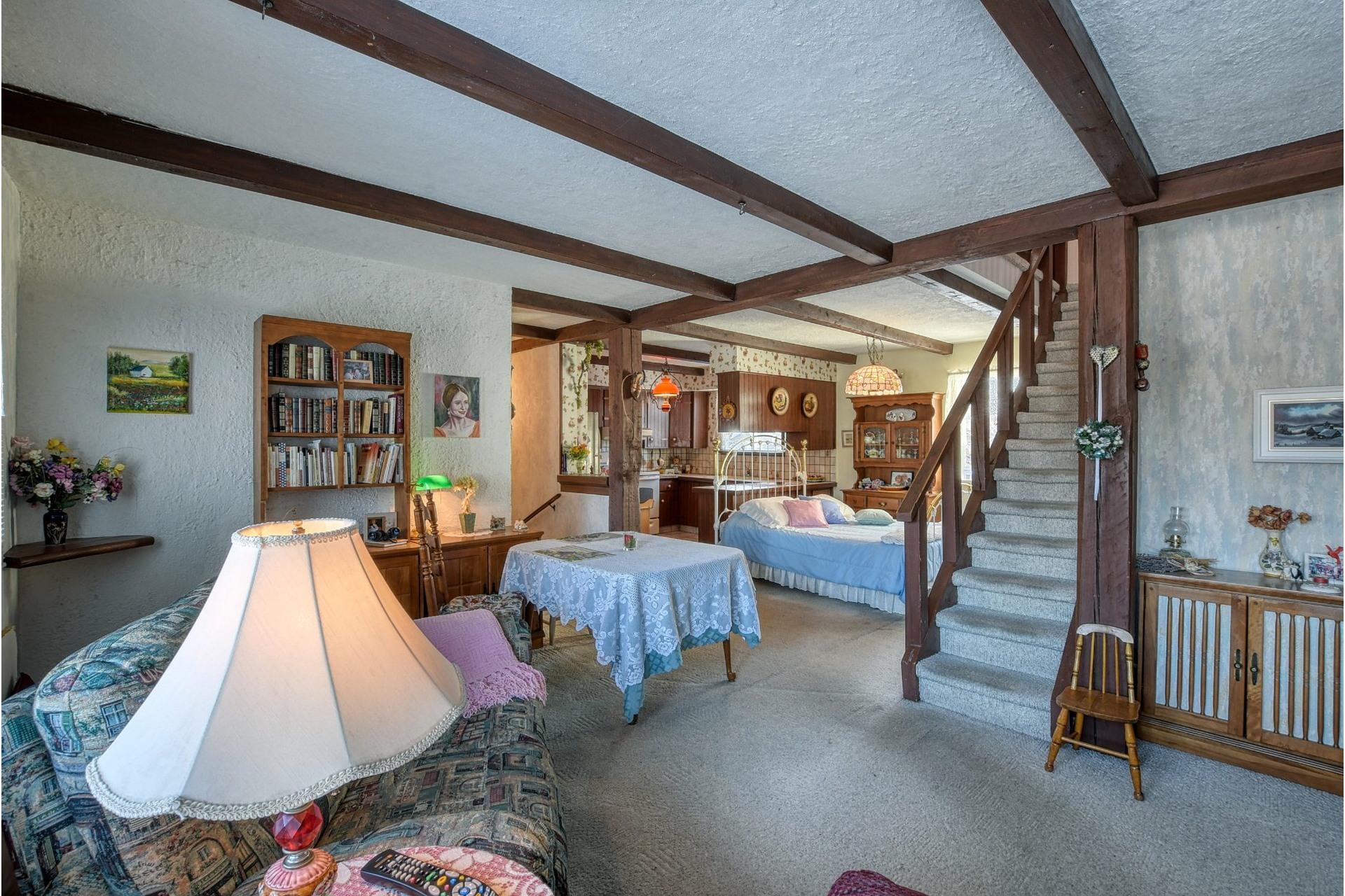 image 3 - House For sale Saint-Vincent-de-Paul Laval  - 18 rooms