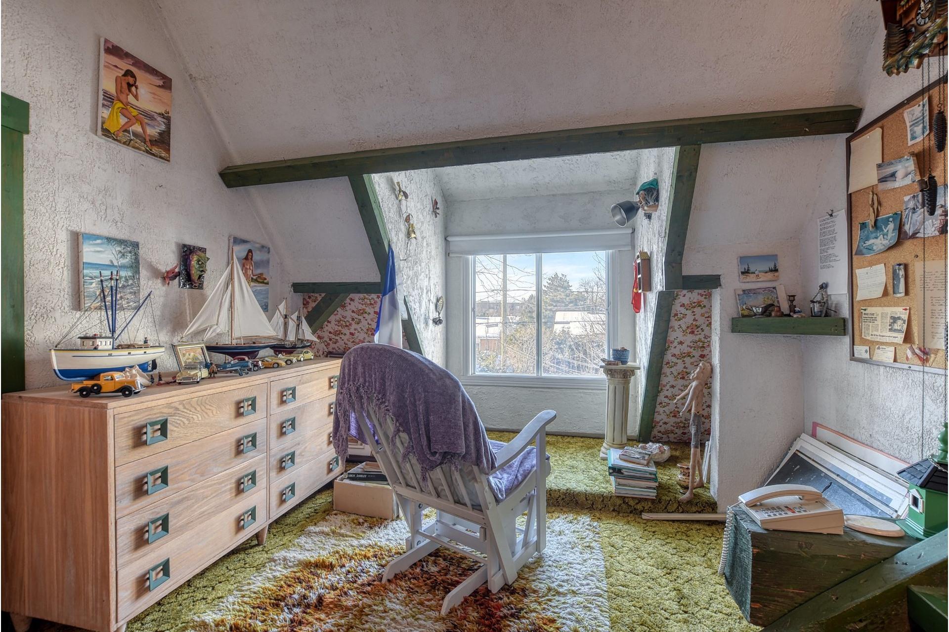 image 21 - Maison À vendre Saint-Vincent-de-Paul Laval  - 18 pièces