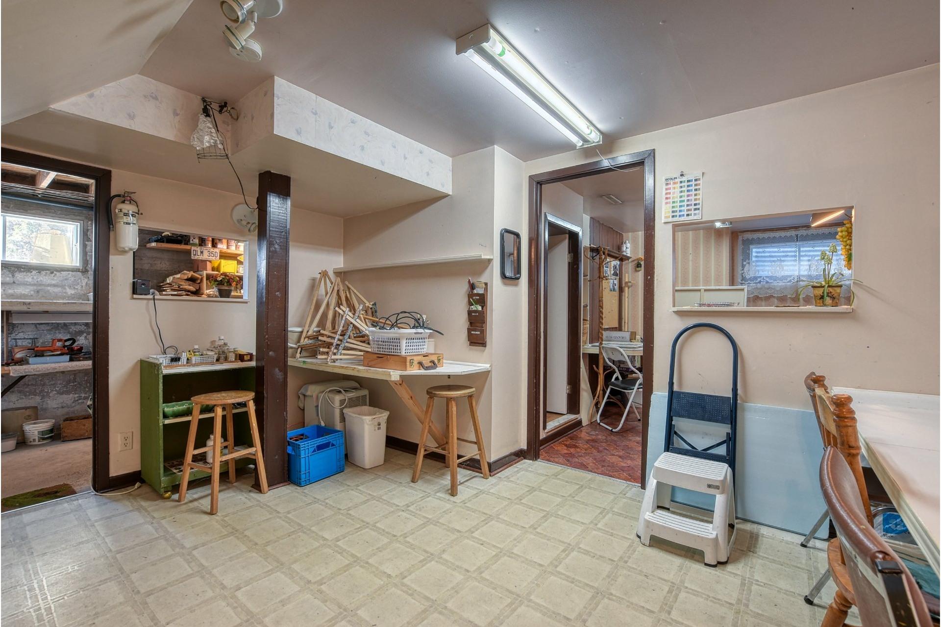 image 14 - House For sale Saint-Vincent-de-Paul Laval  - 18 rooms
