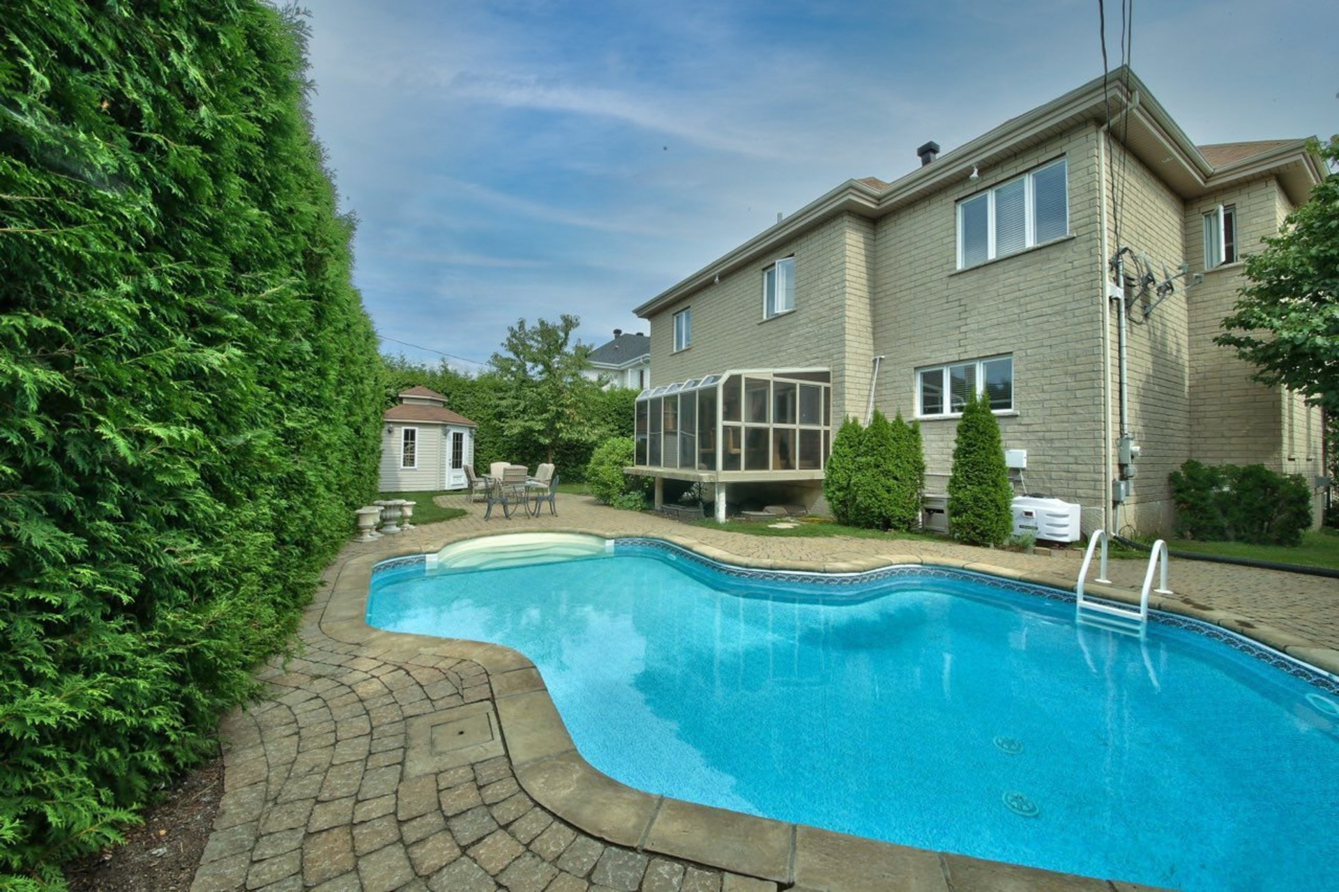 image 31 - House For sale Brossard - 16 rooms