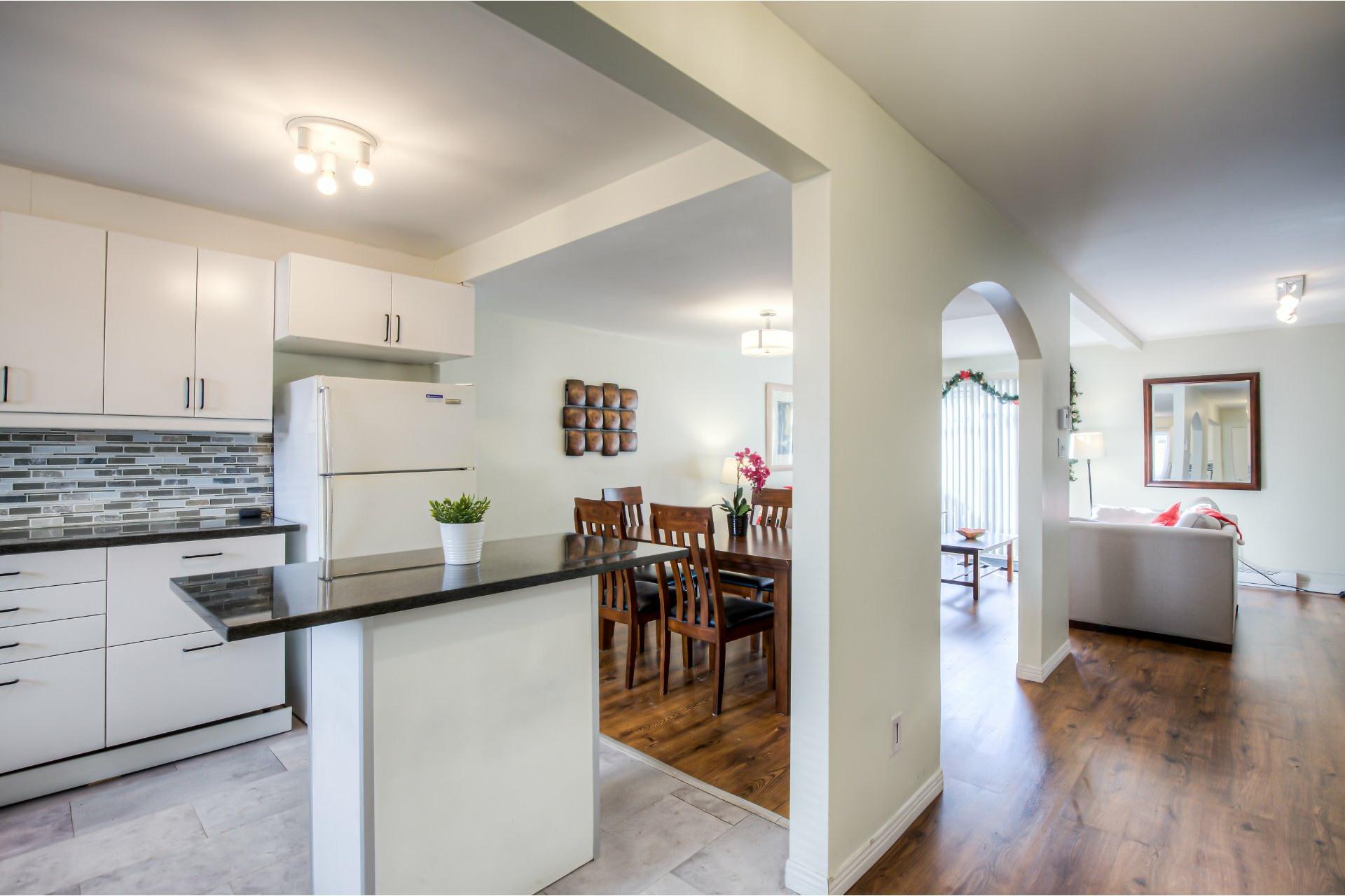image 12 - House For sale Dollard-Des Ormeaux - 14 rooms