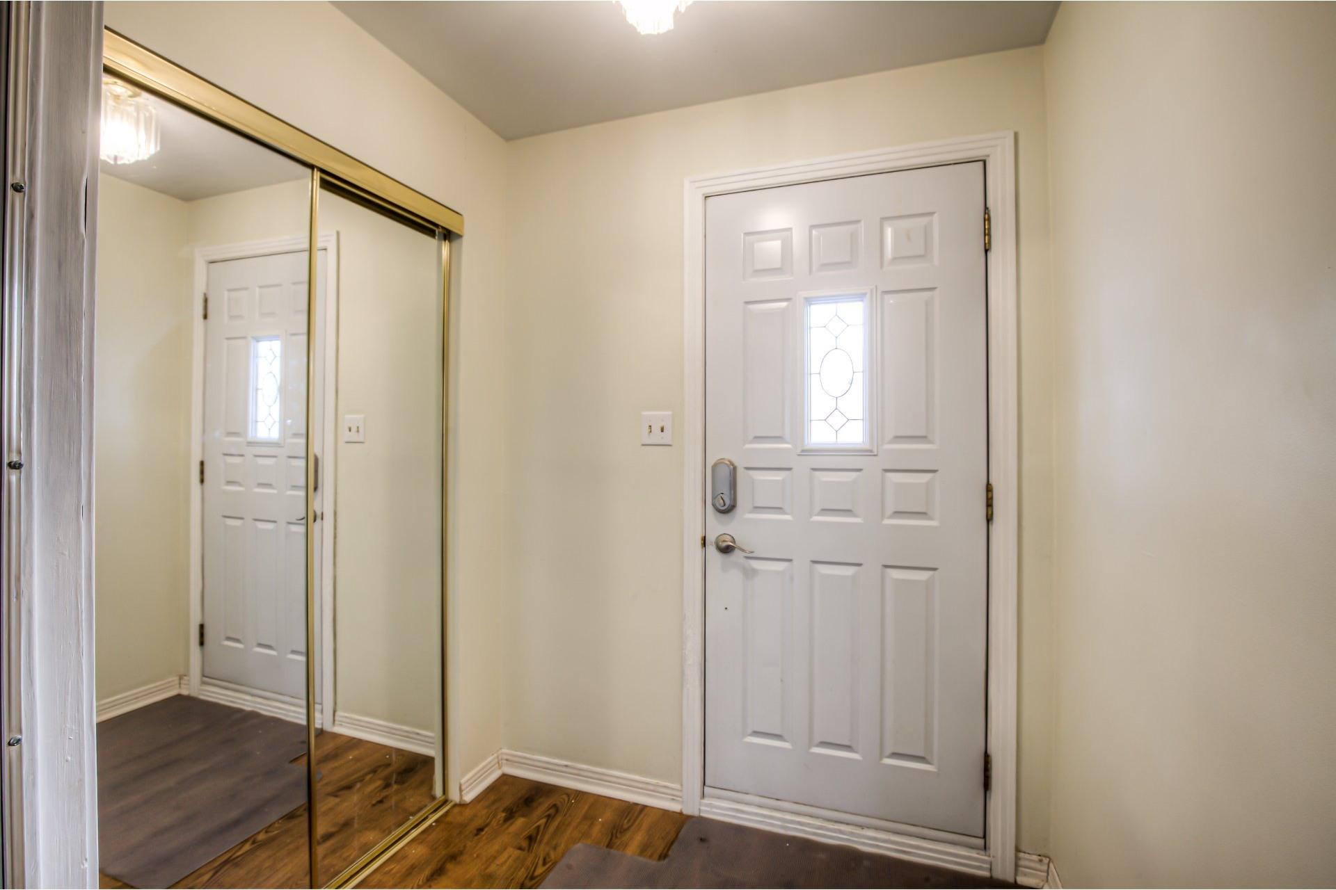 image 3 - House For sale Dollard-Des Ormeaux - 14 rooms