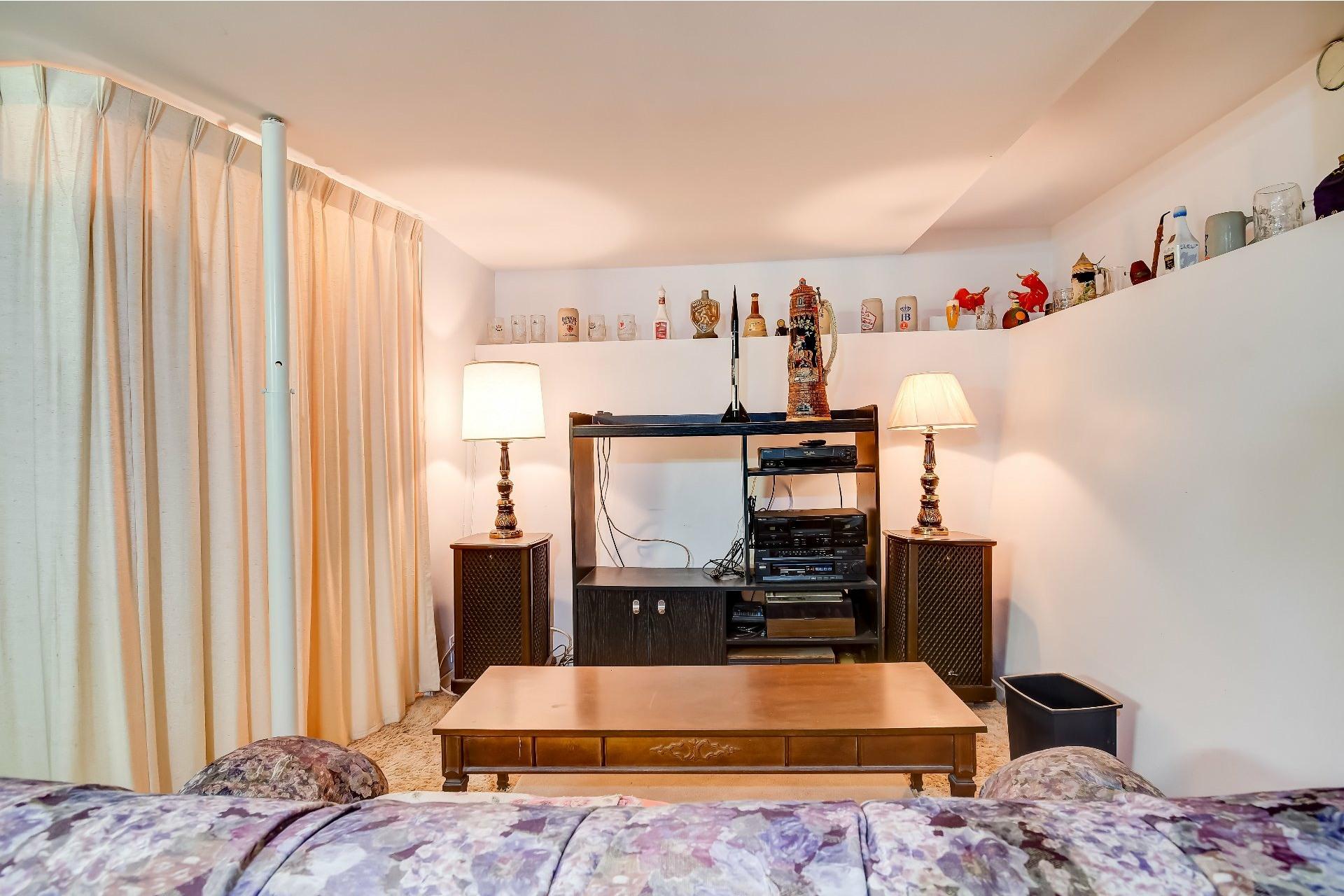 image 25 - Maison À vendre Saint-Stanislas - 12 pièces