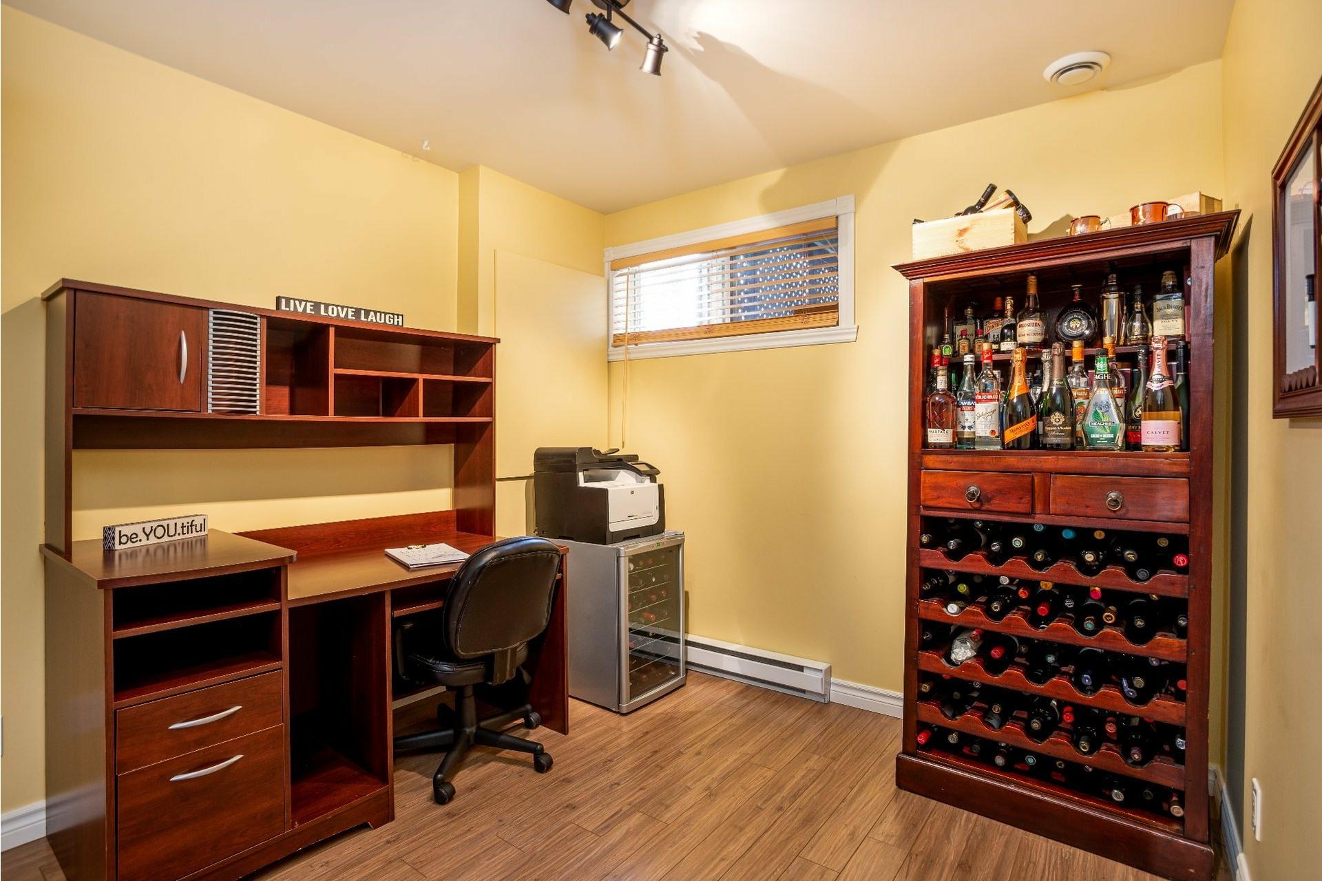 image 18 - Appartement À vendre Charlesbourg Québec  - 9 pièces
