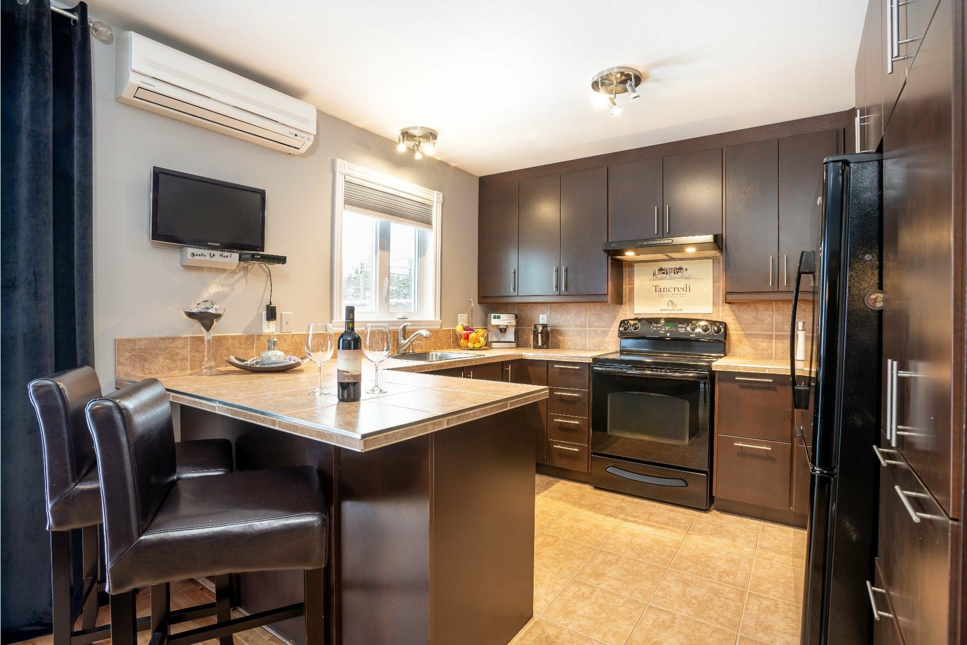 image 1 - Appartement À vendre Charlesbourg Québec  - 9 pièces