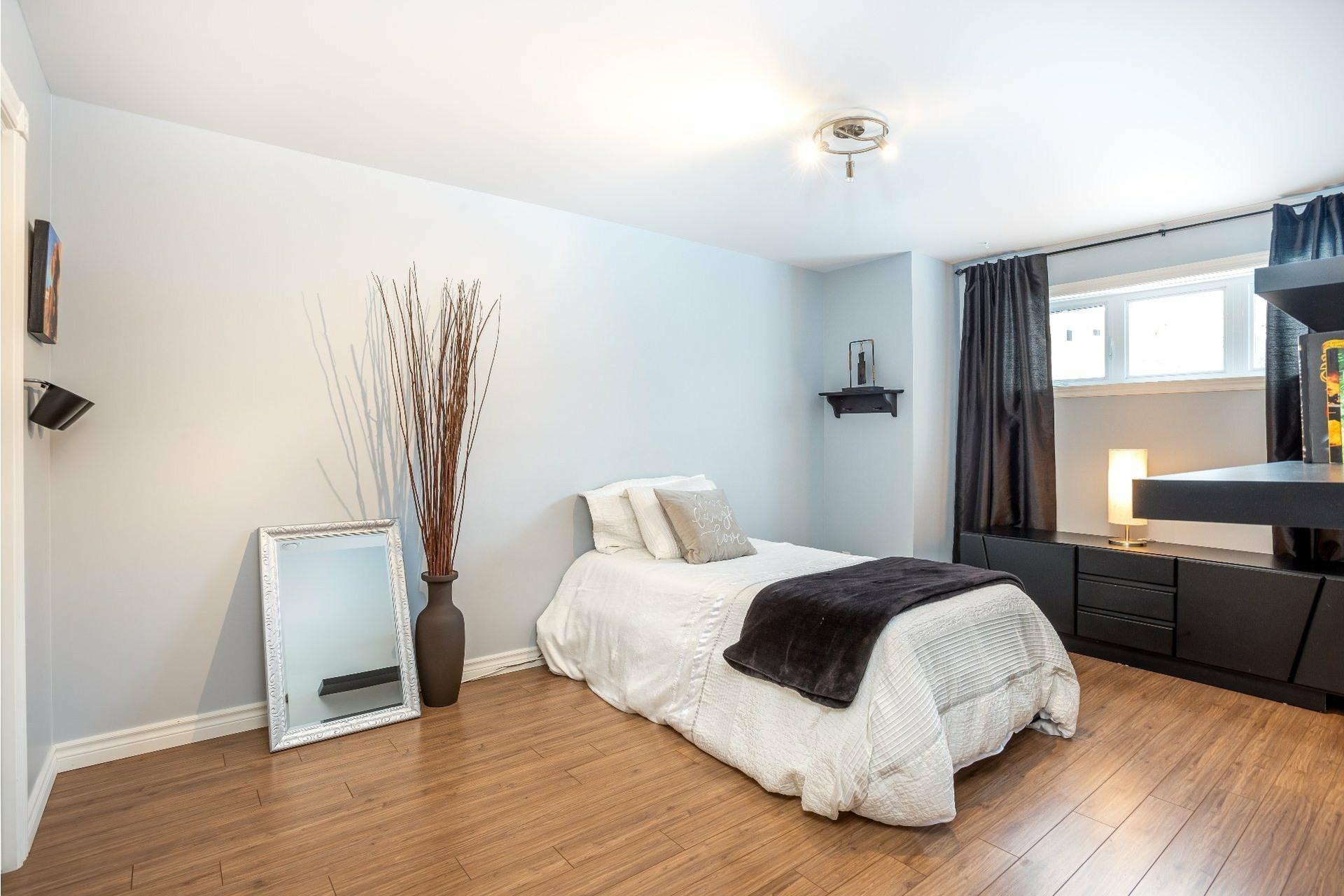 image 14 - Appartement À vendre Charlesbourg Québec  - 9 pièces
