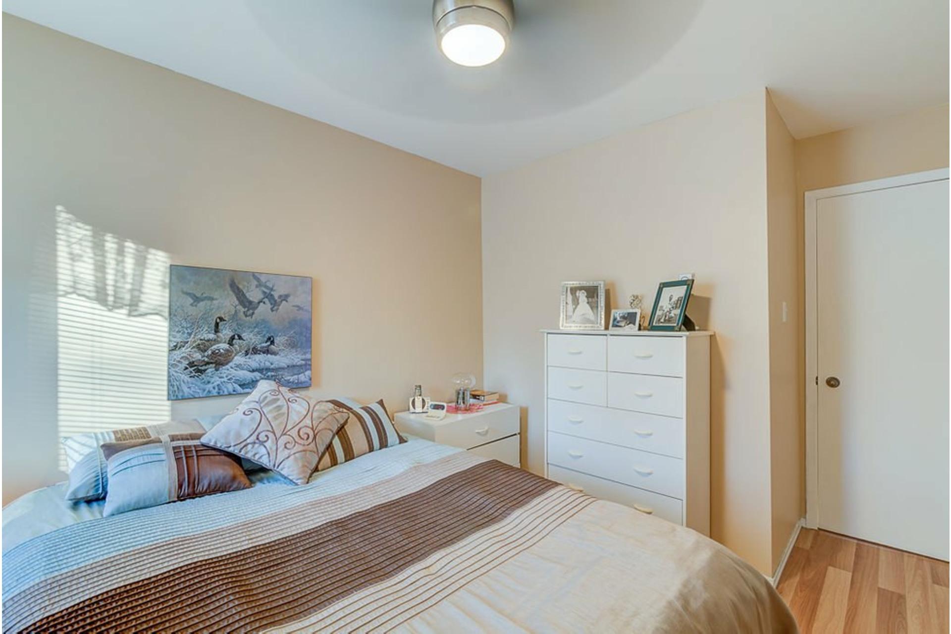 image 20 - House For sale Sainte-Anne-des-Plaines - 12 rooms
