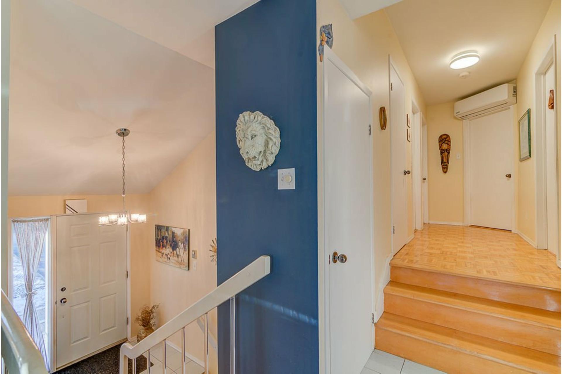 image 14 - House For sale Sainte-Anne-des-Plaines - 12 rooms