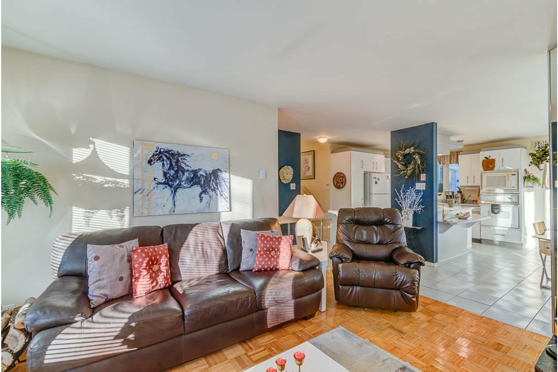 image 4 - House For sale Sainte-Anne-des-Plaines - 12 rooms
