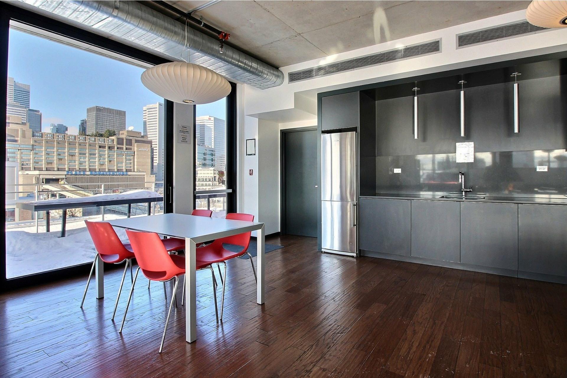 image 23 - Appartement À louer Le Sud-Ouest Montréal  - 5 pièces