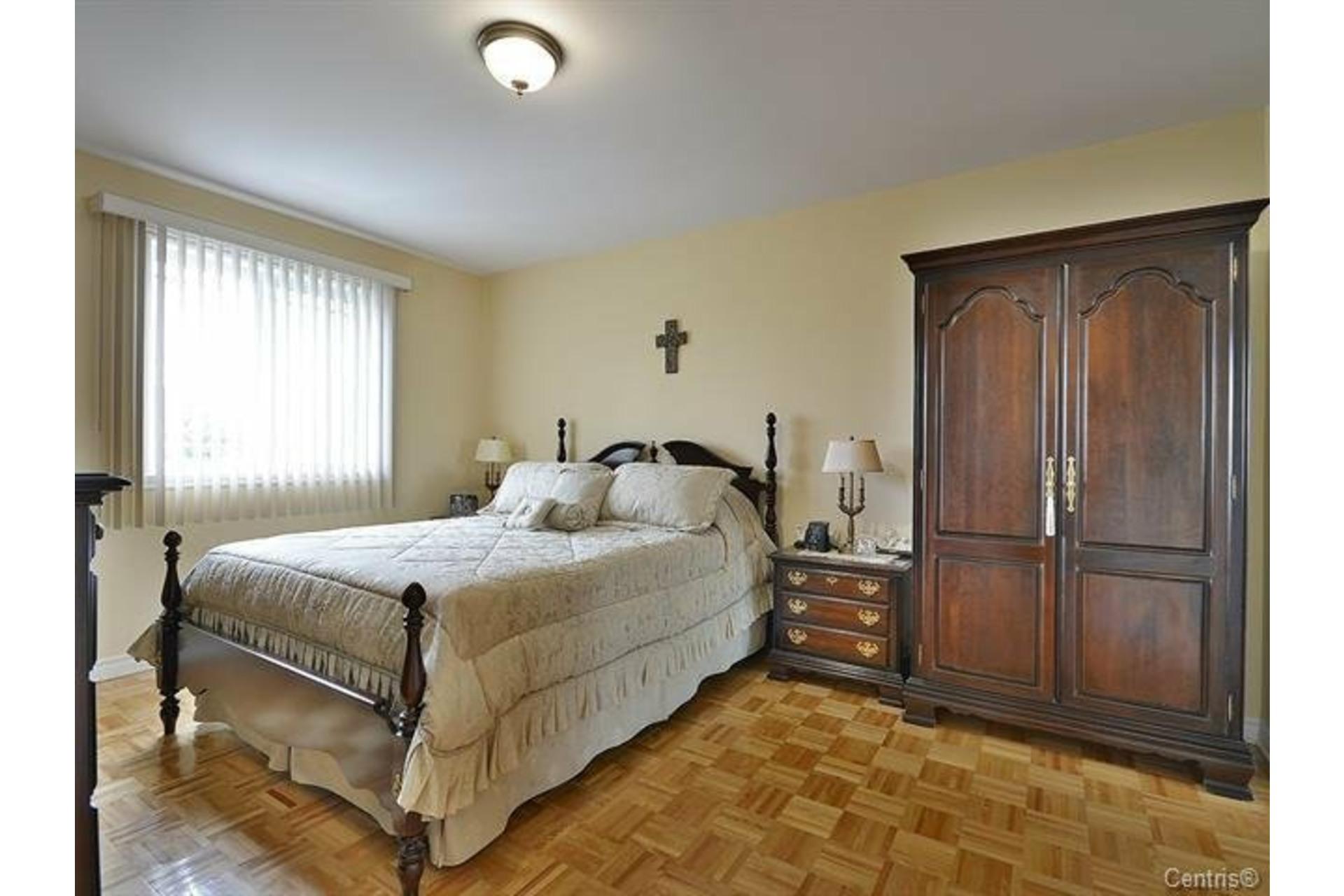 image 5 - 屋 出租 Vimont Laval  - 11 室