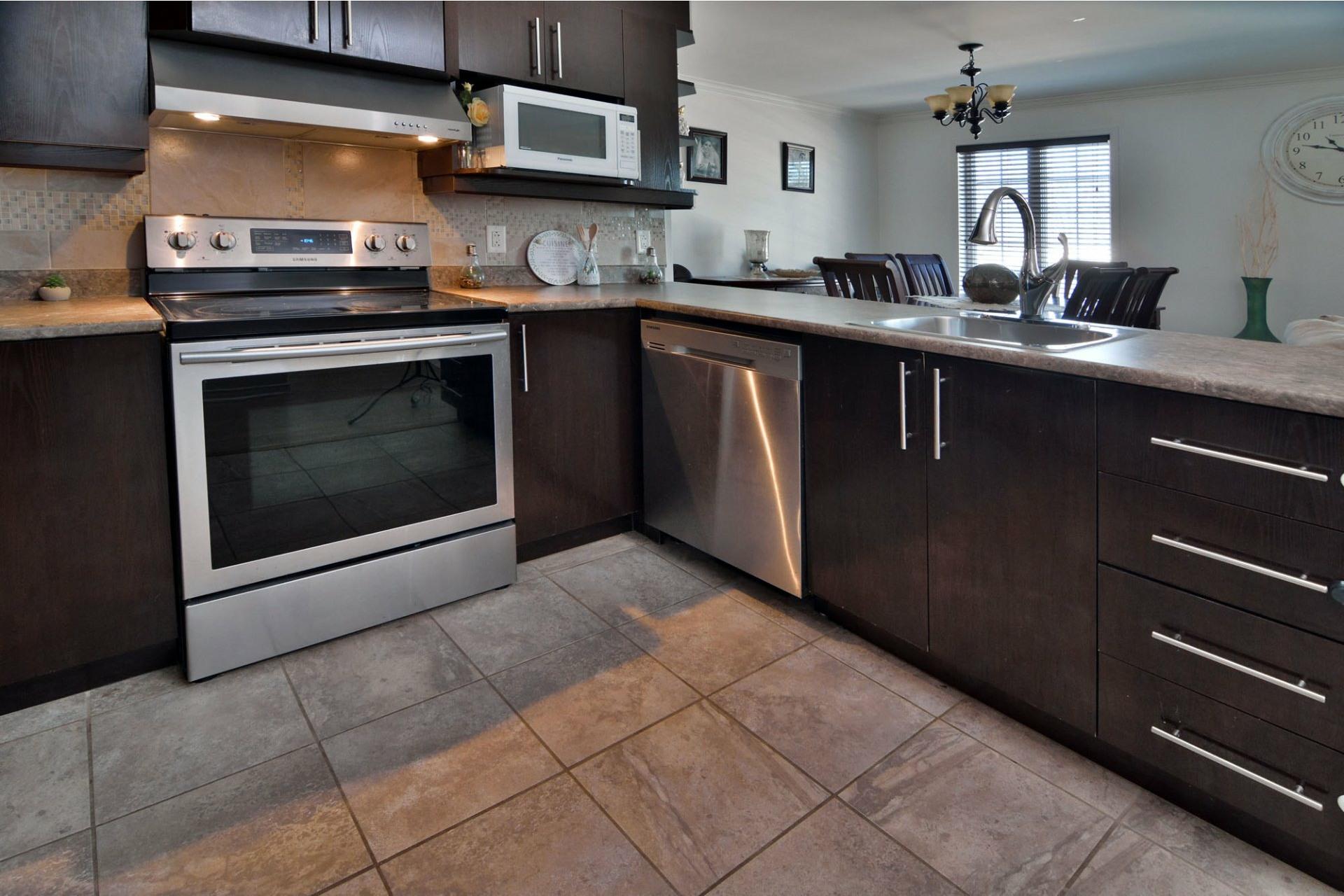 image 8 - Appartement À vendre Laval-Ouest Laval  - 8 pièces