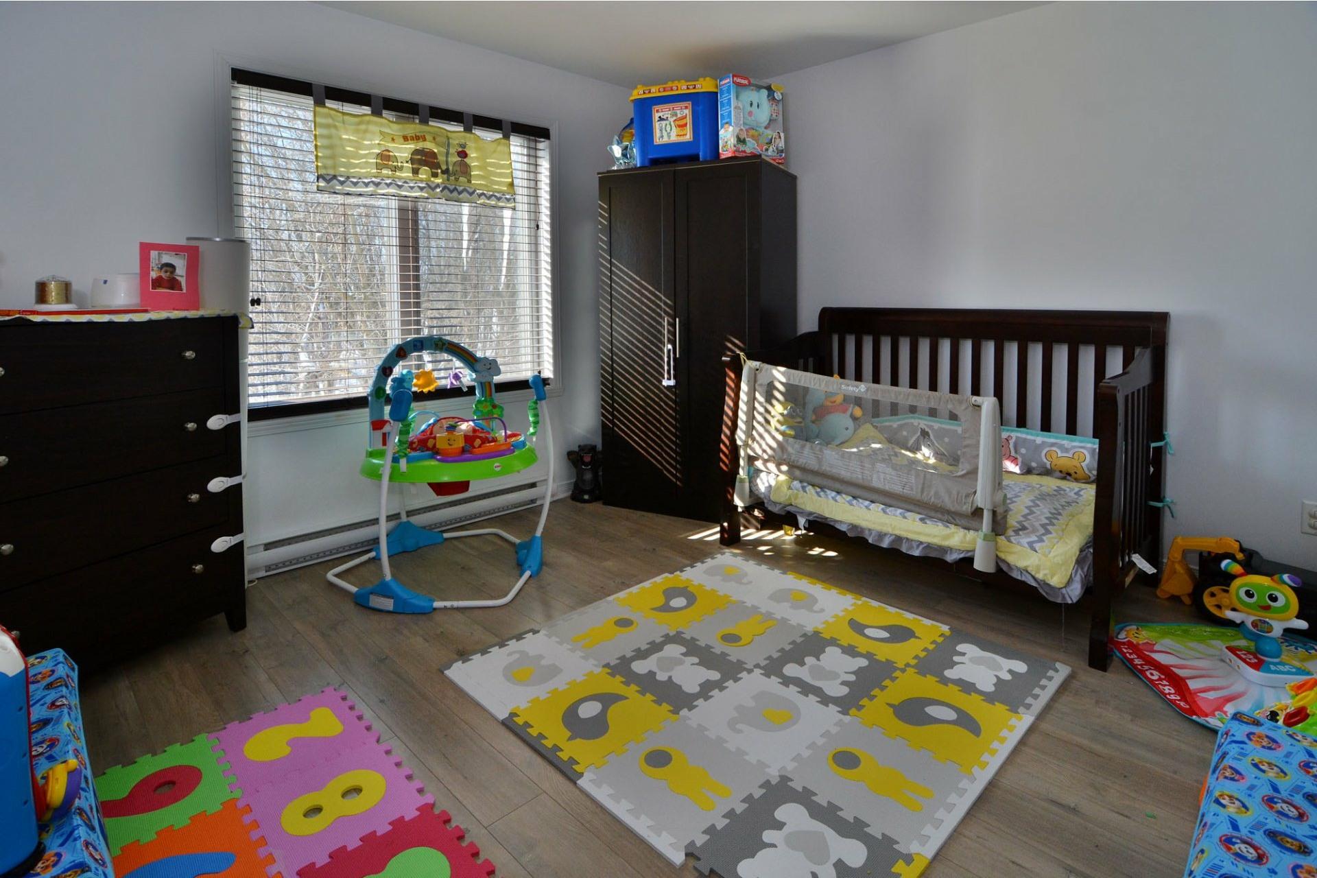 image 12 - Appartement À vendre Laval-Ouest Laval  - 8 pièces