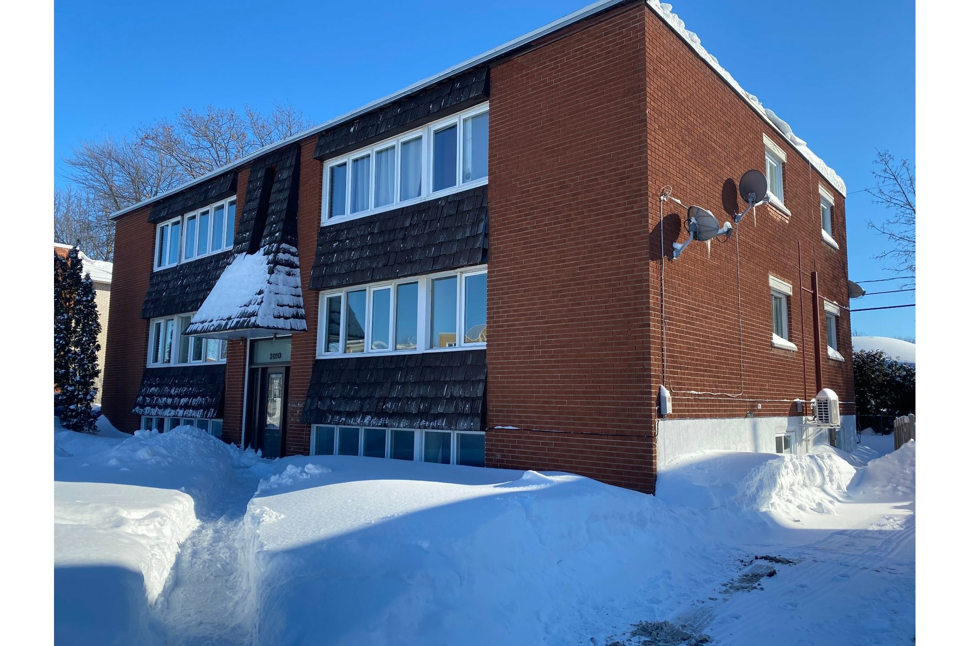 image 1 - Apartment For sale Sorel-Tracy - 6 rooms