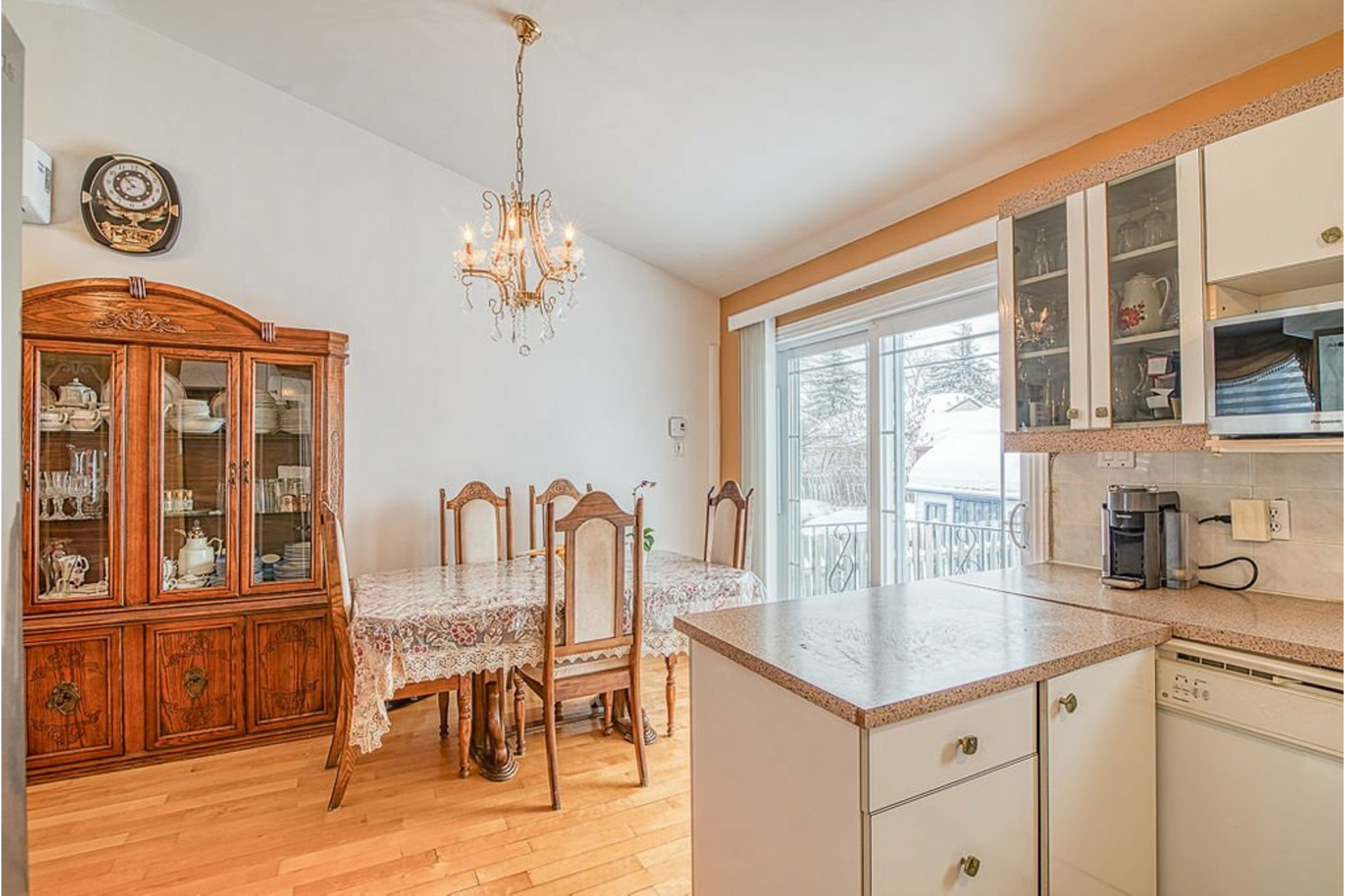image 7 - House For sale Fabreville Laval  - 10 rooms