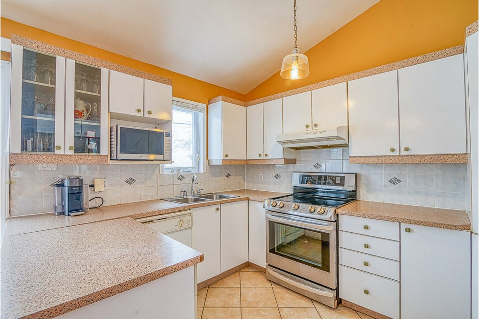 image 10 - House For sale Fabreville Laval  - 10 rooms