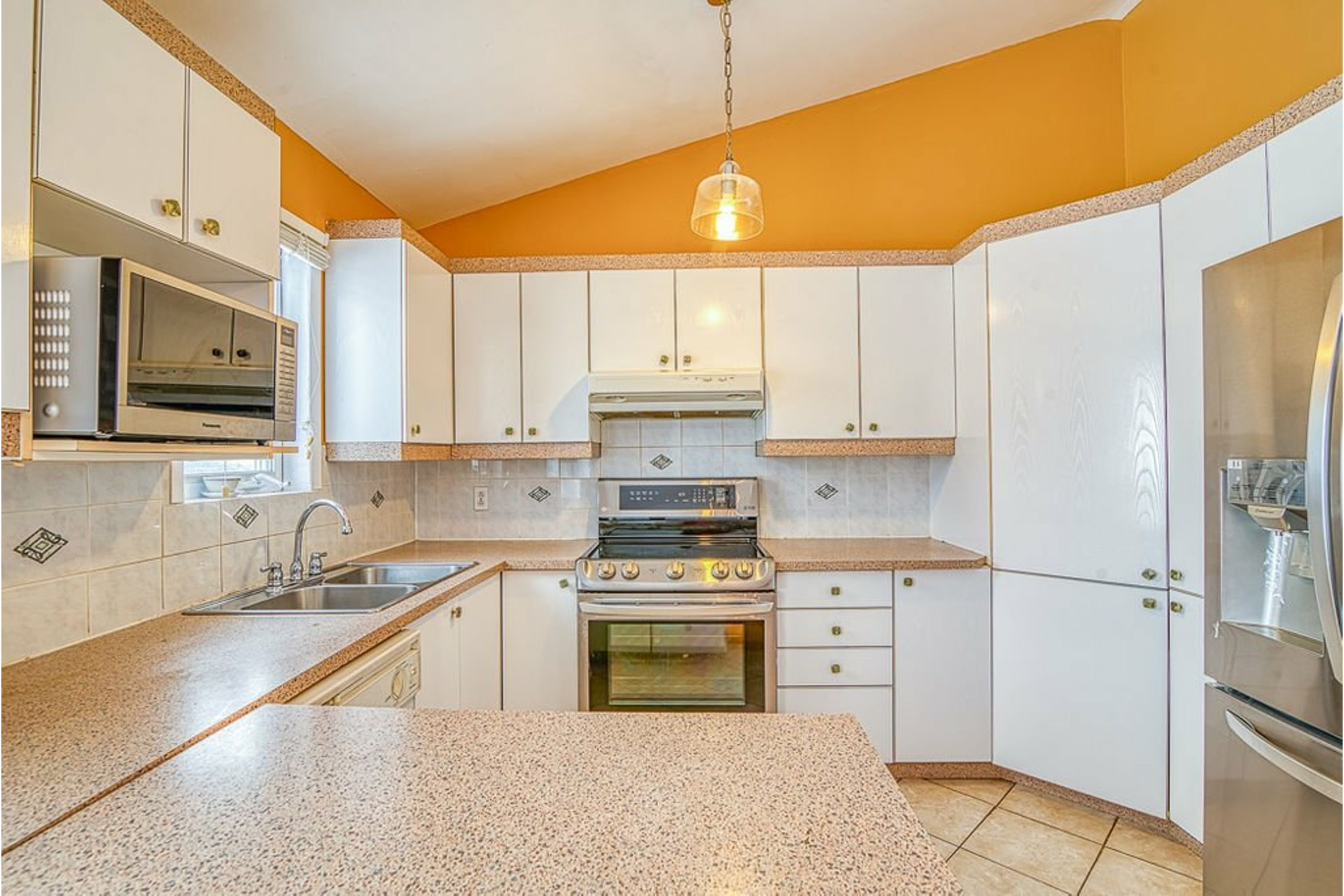 image 12 - House For sale Fabreville Laval  - 10 rooms
