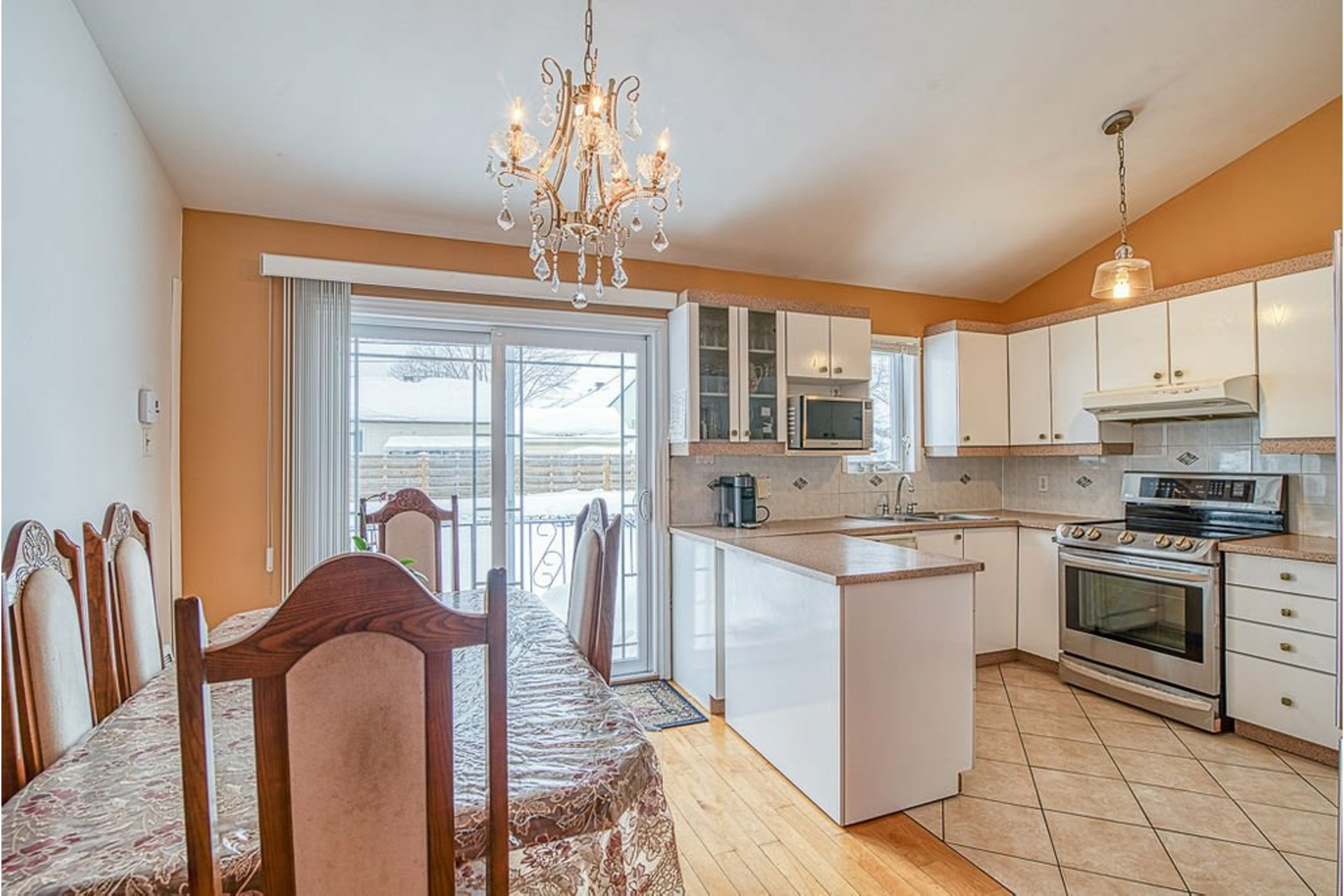 image 8 - House For sale Fabreville Laval  - 10 rooms