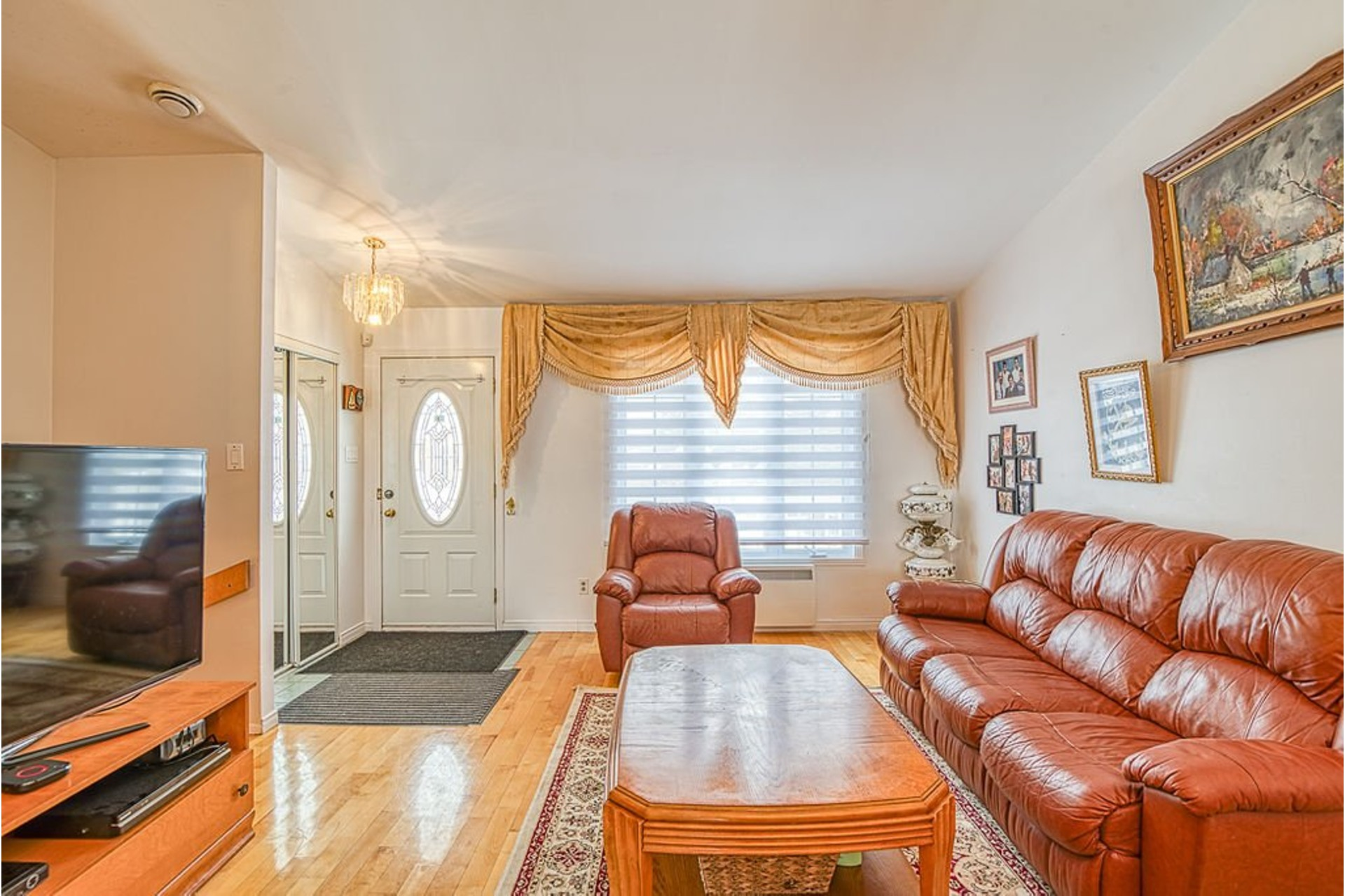 image 1 - House For sale Fabreville Laval  - 10 rooms