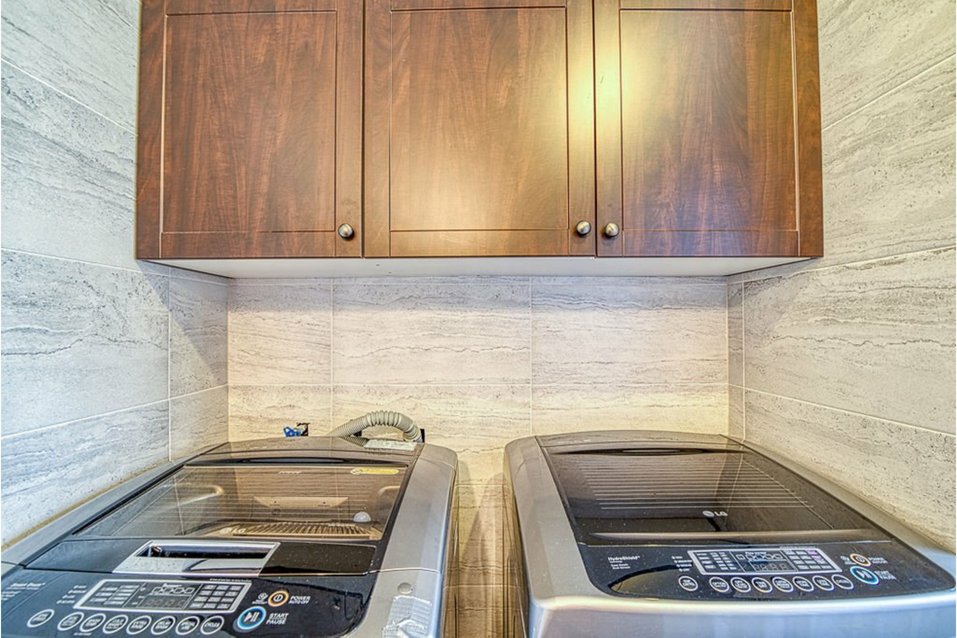 image 19 - House For sale Fabreville Laval  - 10 rooms