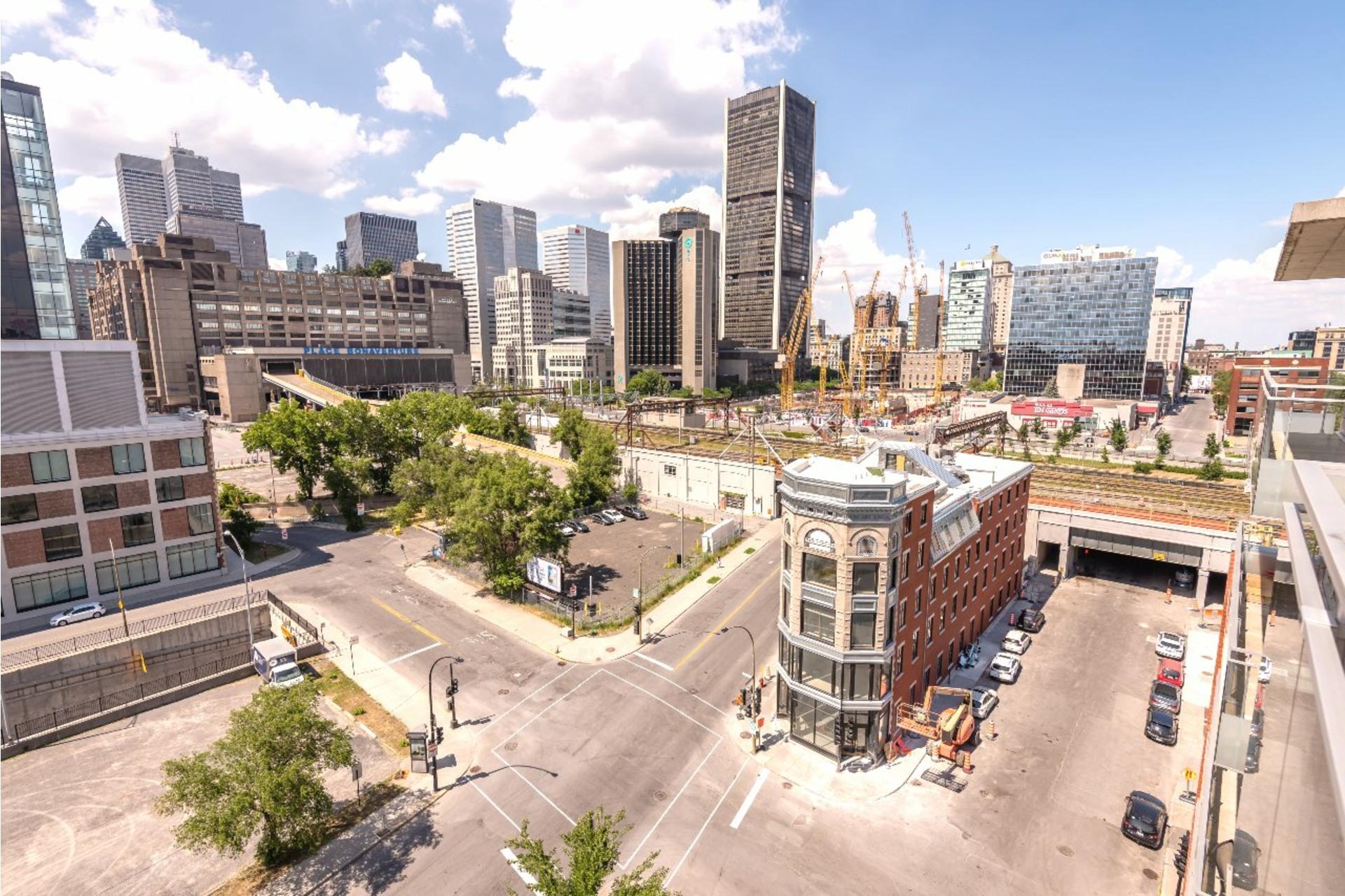 image 16 - Appartement À louer Le Sud-Ouest Montréal  - 5 pièces