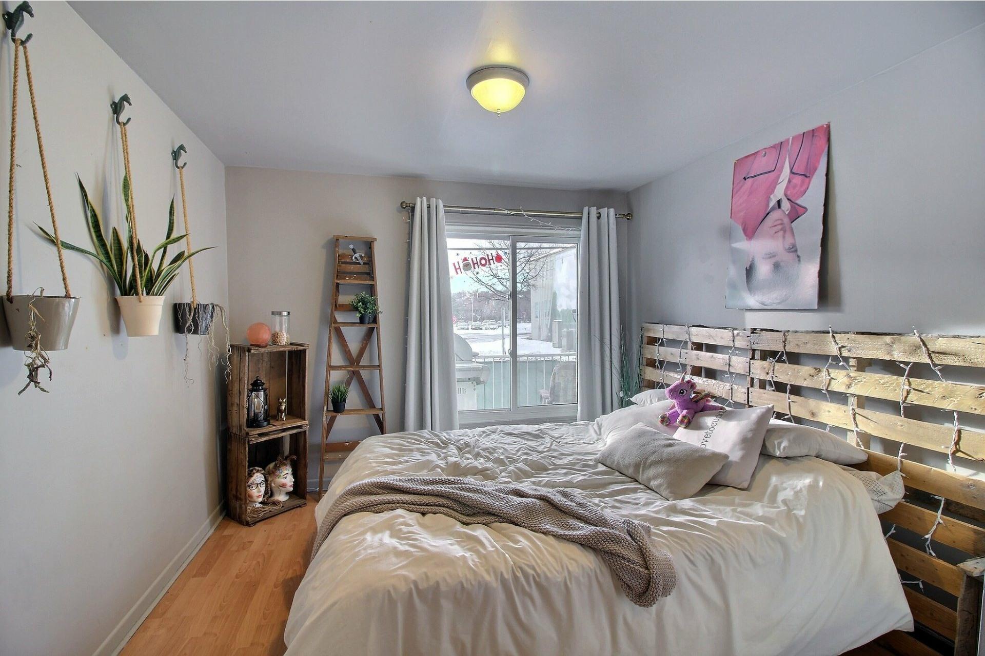 image 5 - Duplex À vendre Fleurimont Sherbrooke  - 4 pièces