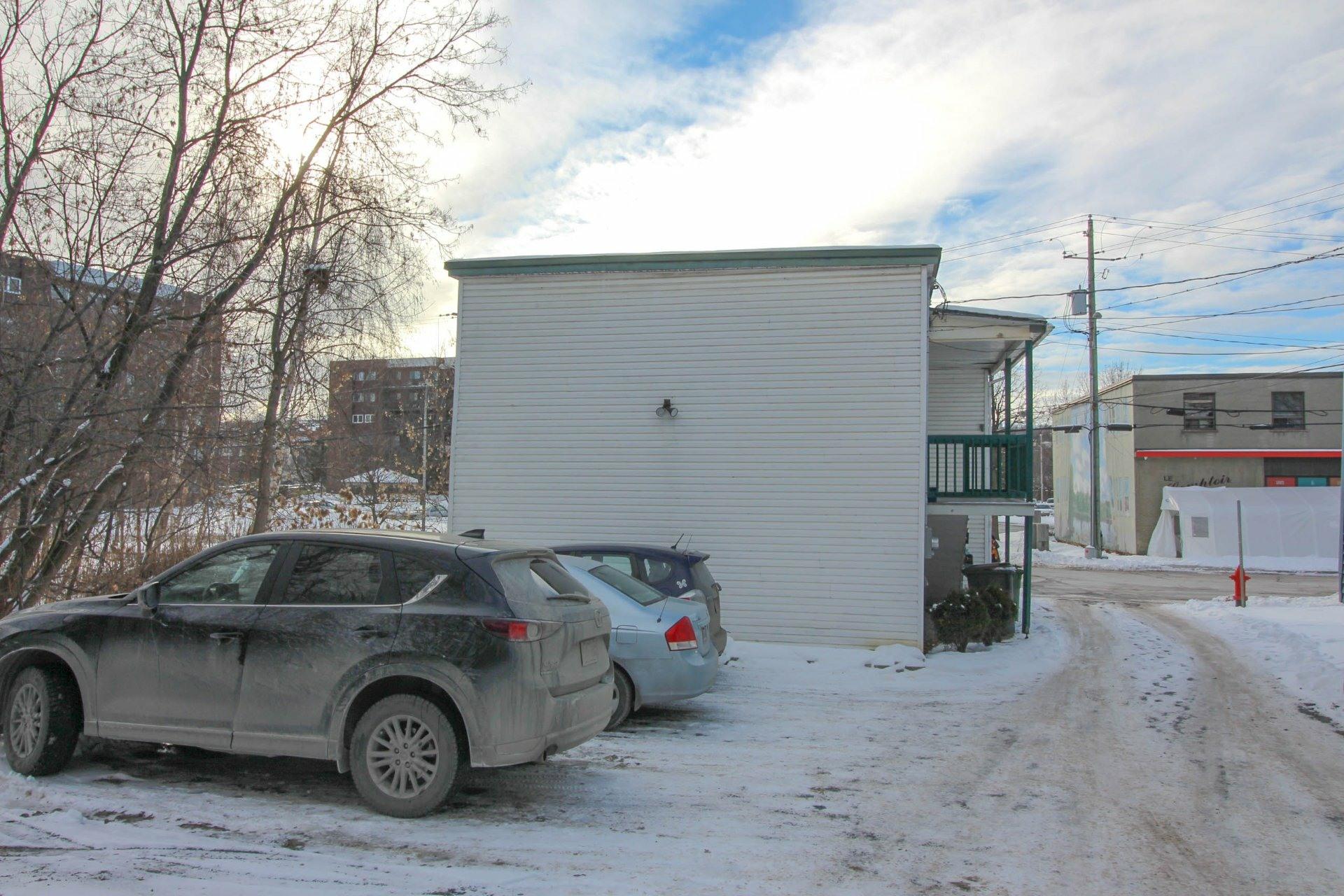 image 29 - Duplex À vendre Fleurimont Sherbrooke  - 4 pièces