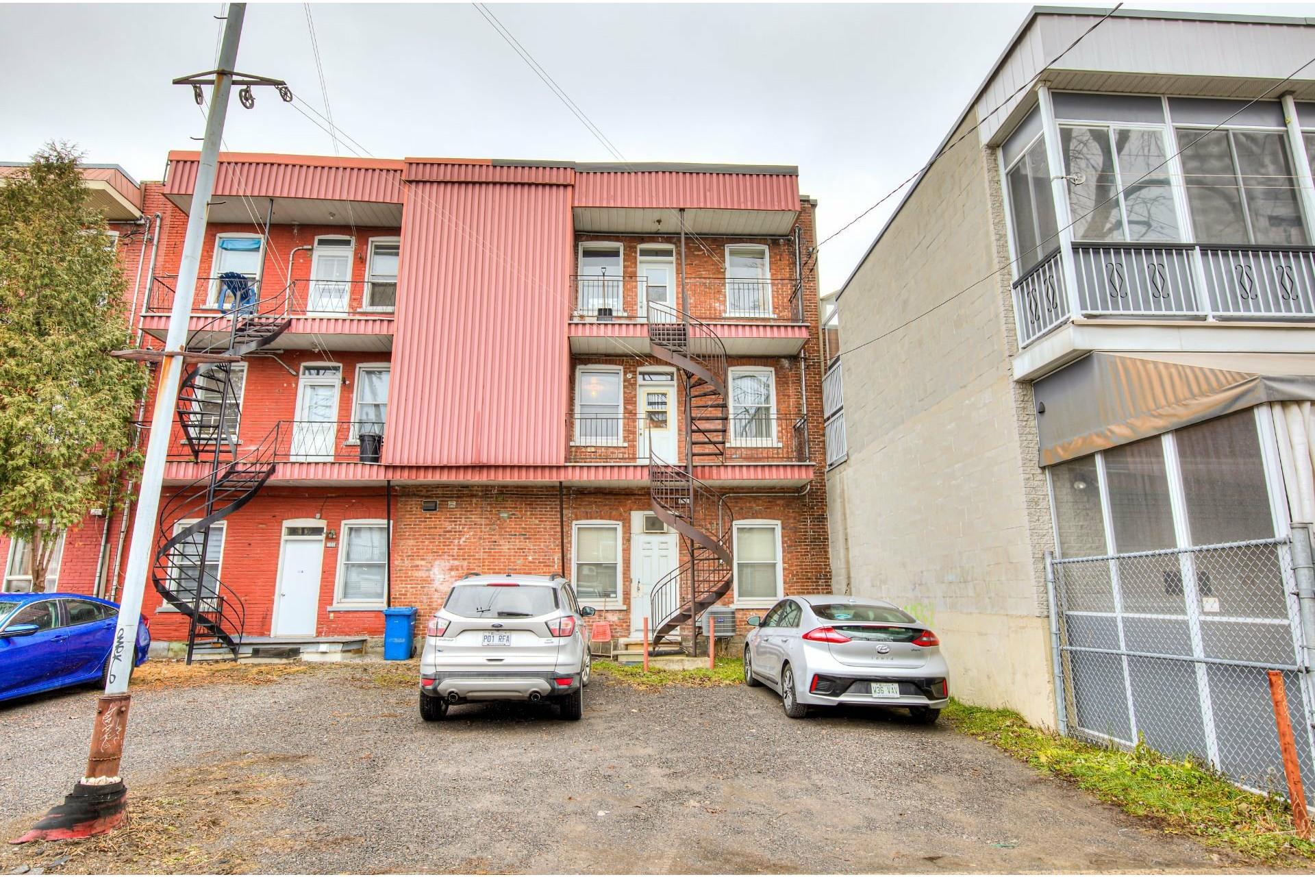 image 36 - Triplex For sale Le Sud-Ouest Montréal  - 4 rooms