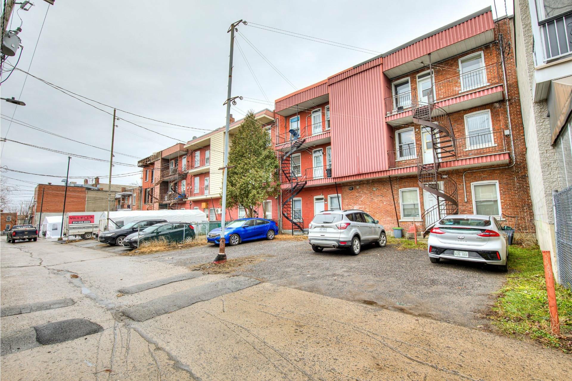 image 37 - Triplex For sale Le Sud-Ouest Montréal  - 4 rooms