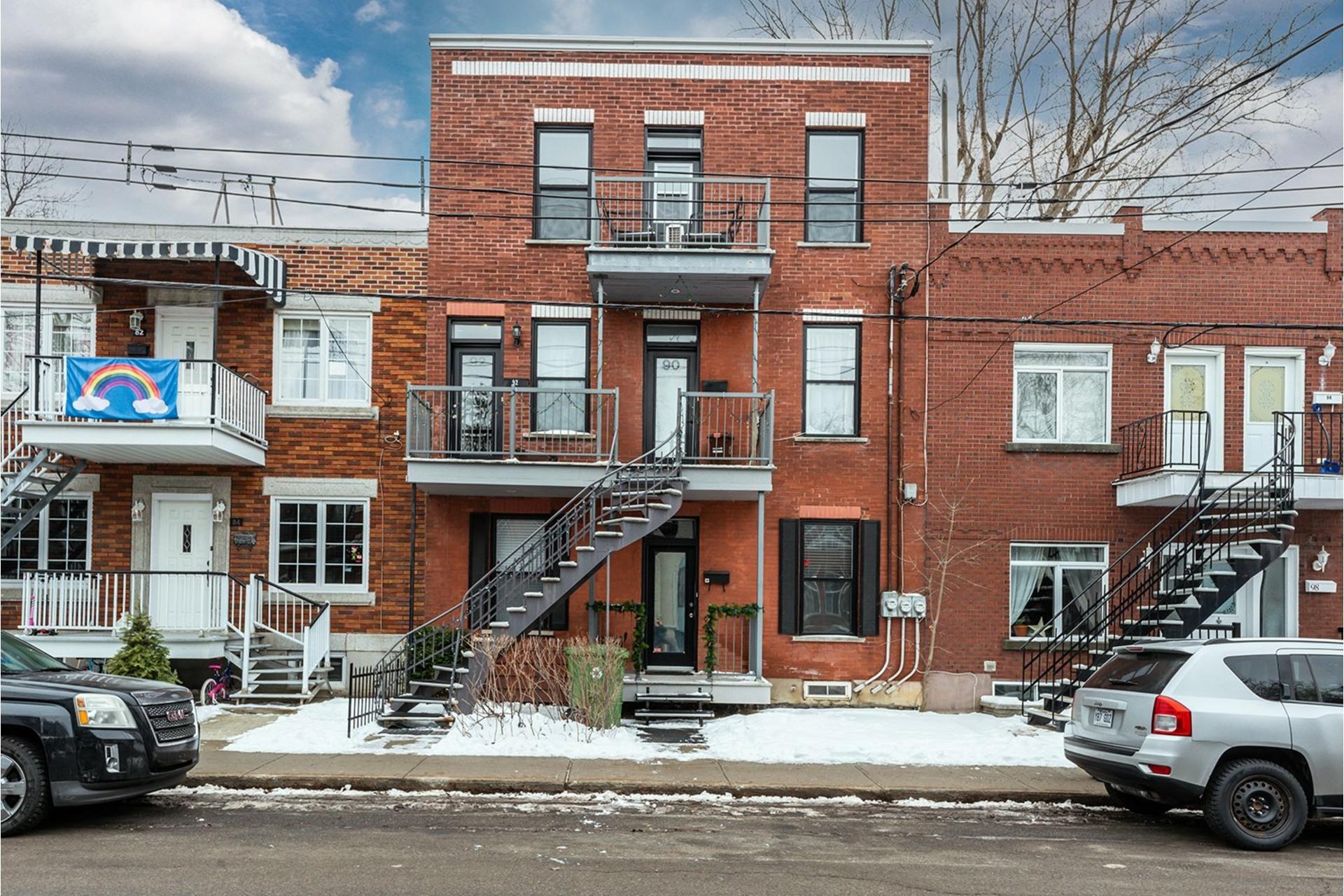 image 0 - Appartement À vendre LaSalle Montréal  - 5 pièces
