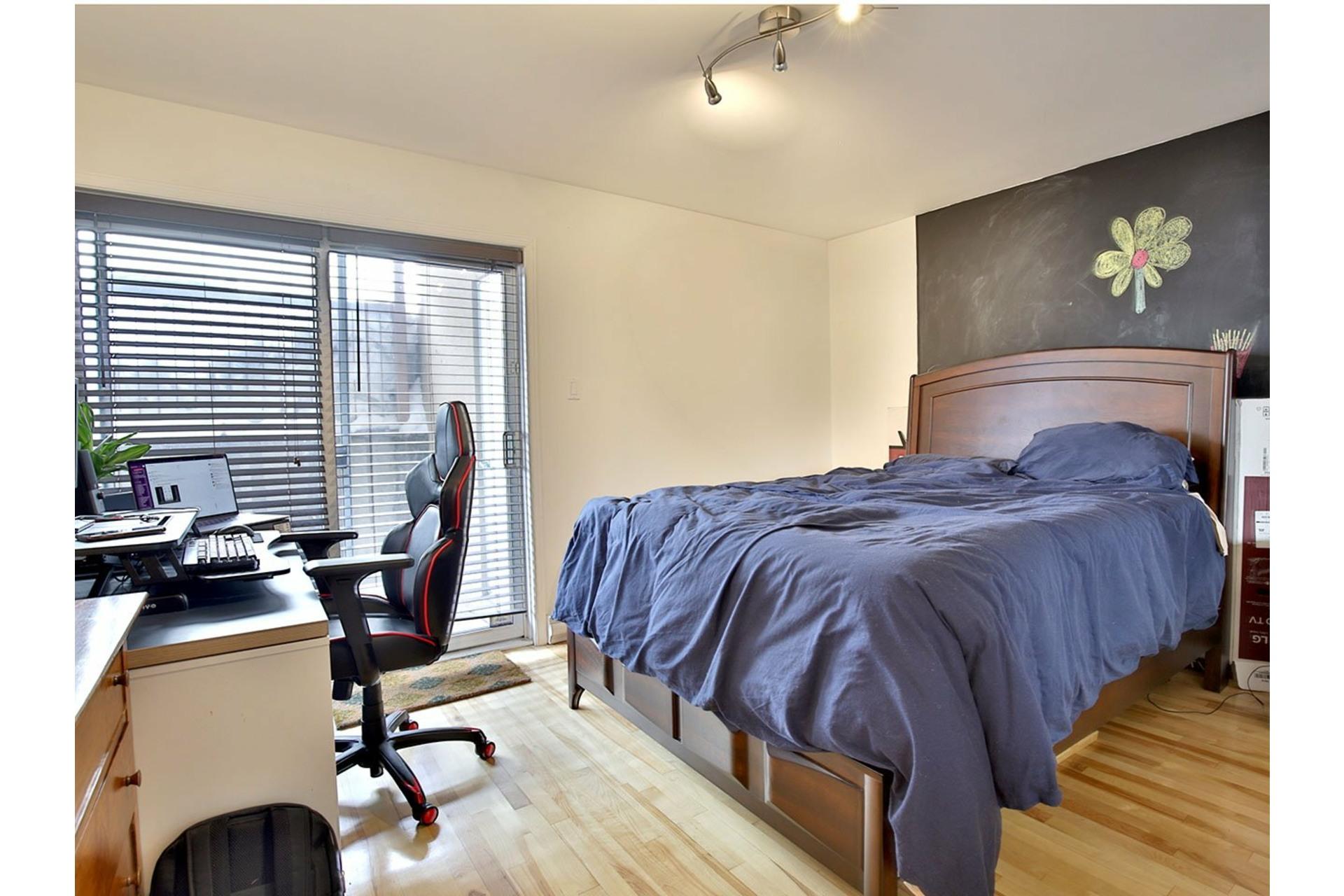 image 9 - Apartment For sale Ville-Marie Montréal  - 7 rooms