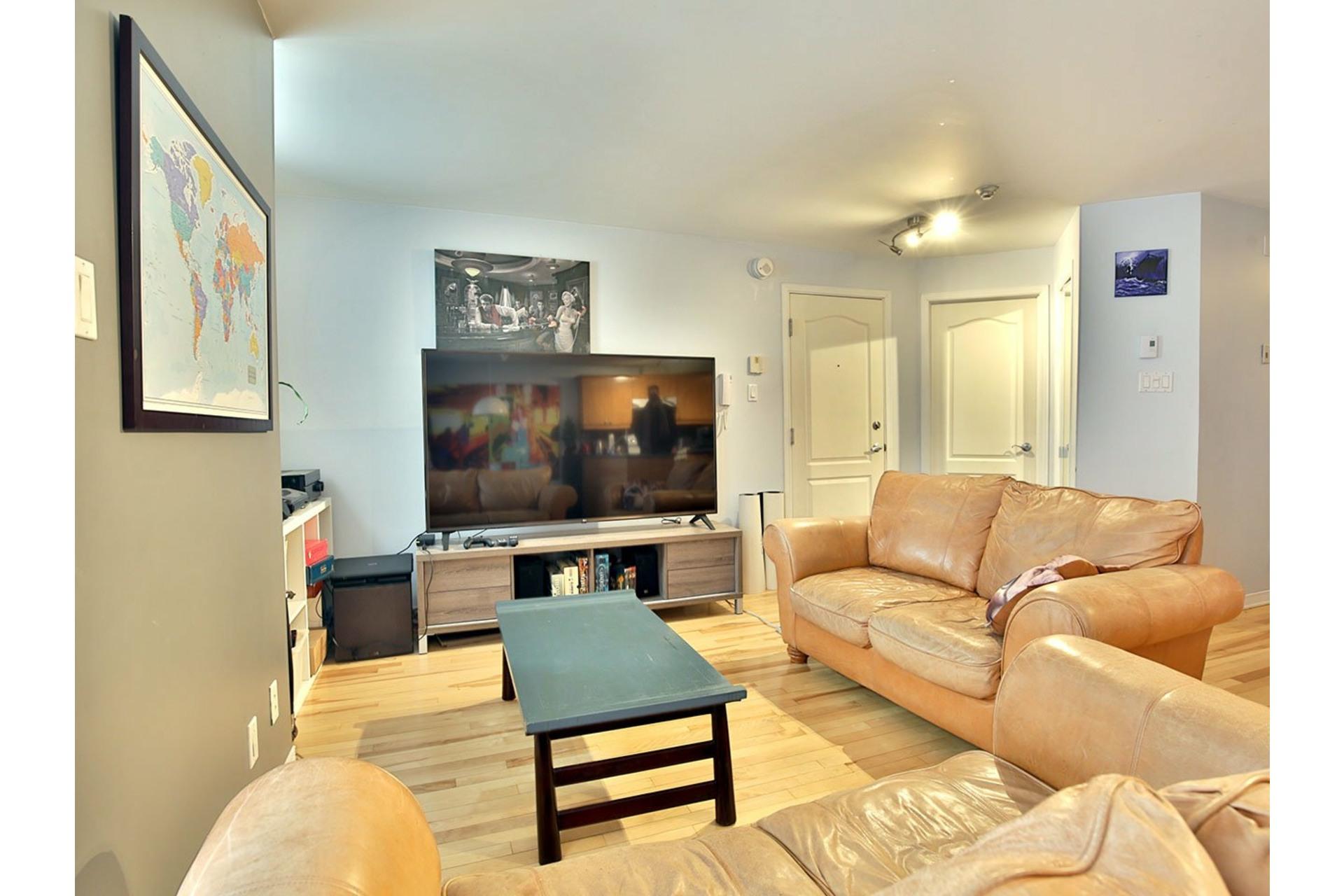 image 5 - Apartment For sale Ville-Marie Montréal  - 7 rooms